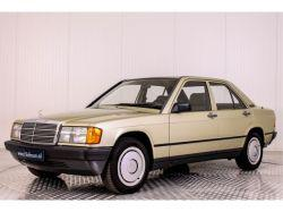 Foto Mercedes-Benz 190