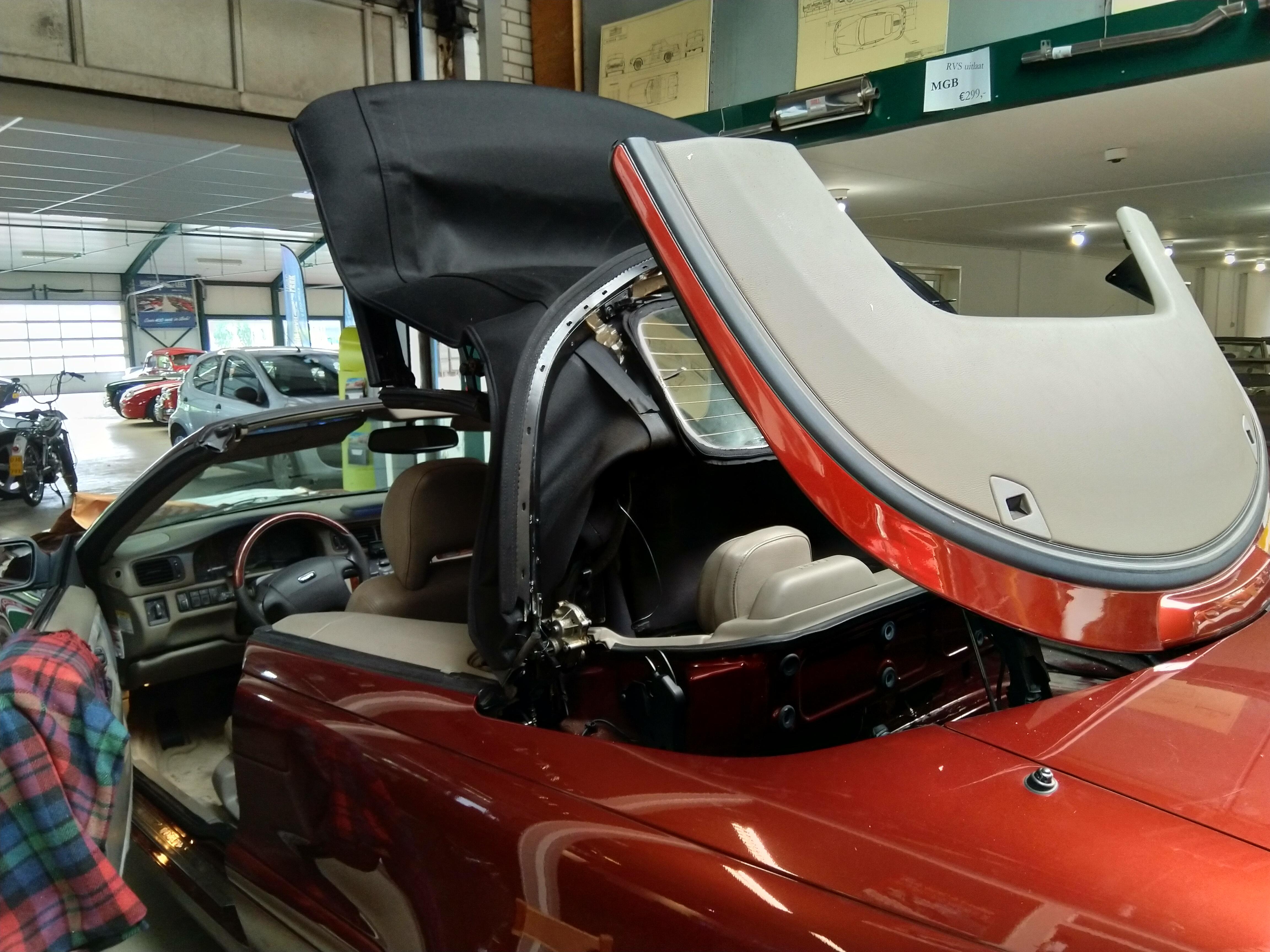 Cabriodak vervangen Volvo