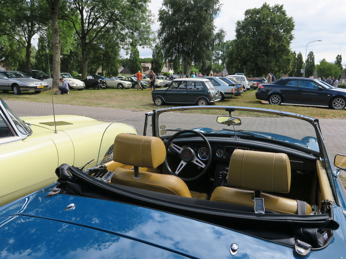 Cars en Coffee Leek - Foto 30