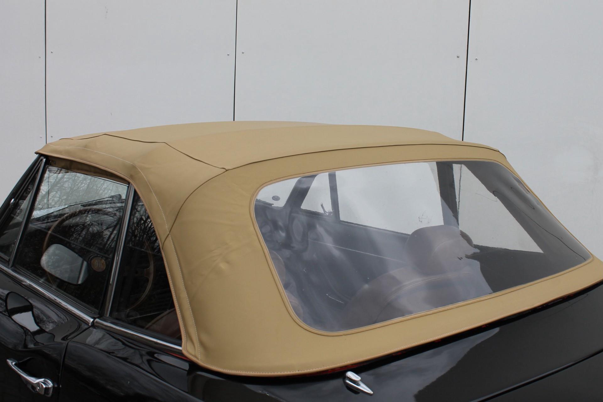 Fiat 124 Spider  Foto 5