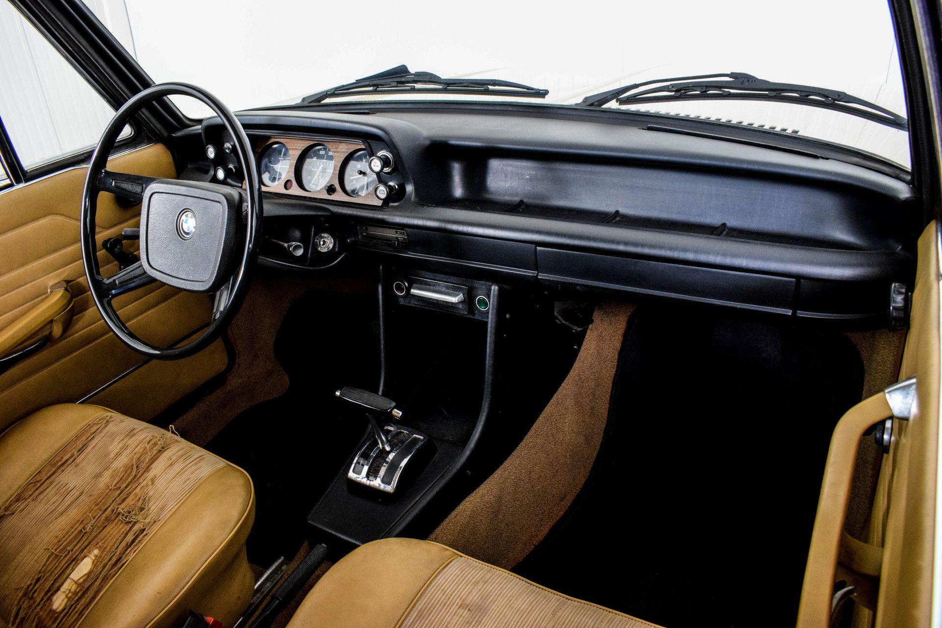 BMW 2002 Eerste eigenaar! Foto 18