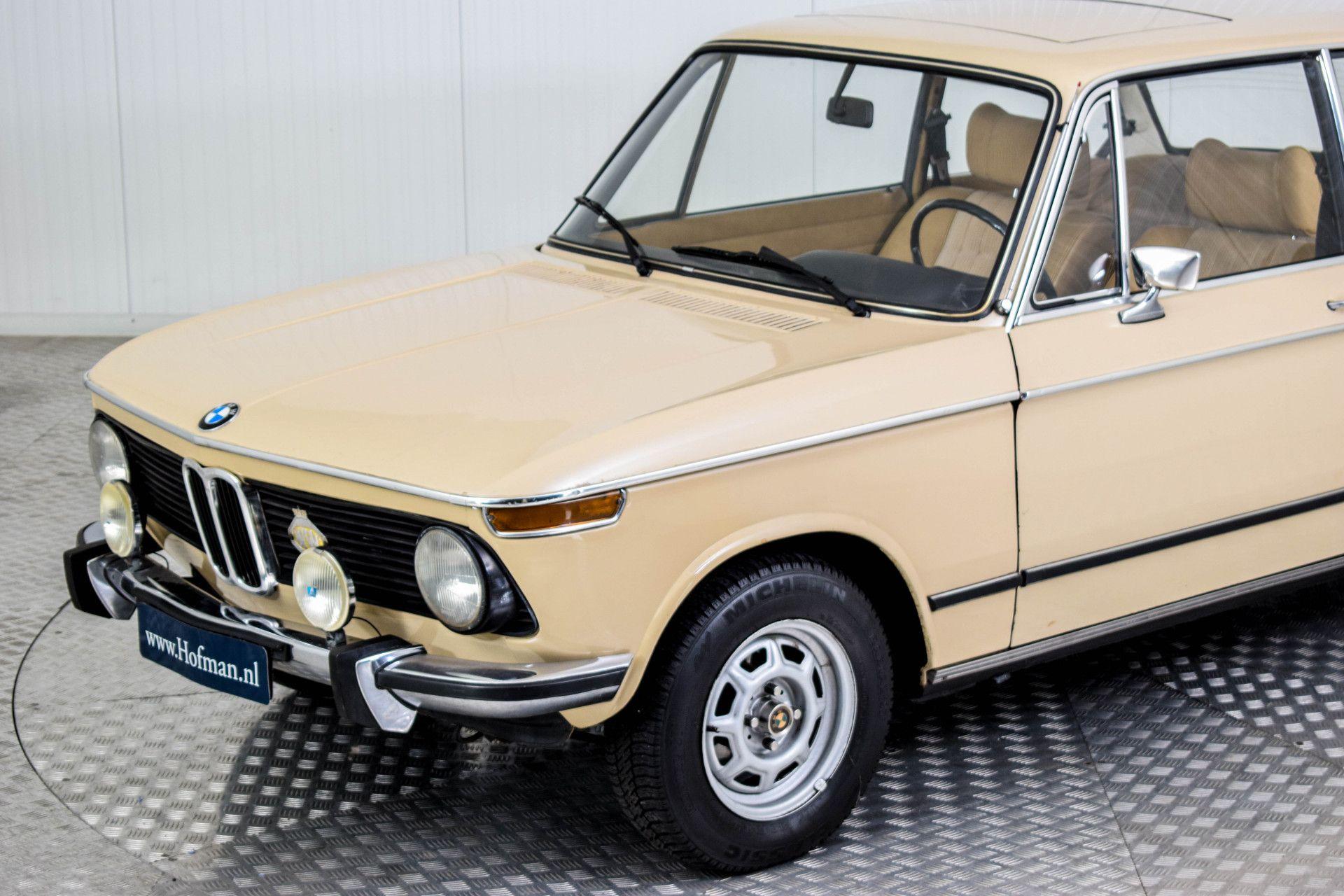 BMW 2002 Eerste eigenaar! Foto 22