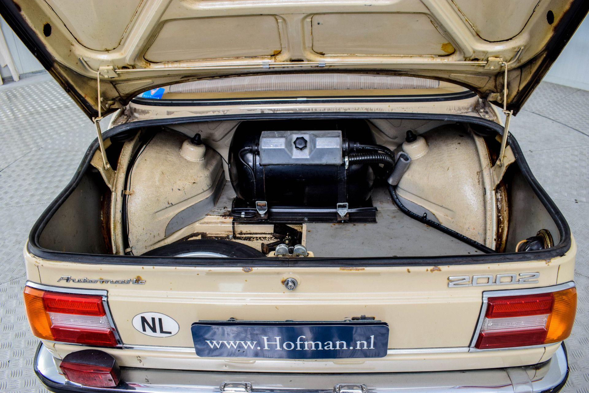 BMW 2002 Eerste eigenaar! Foto 24