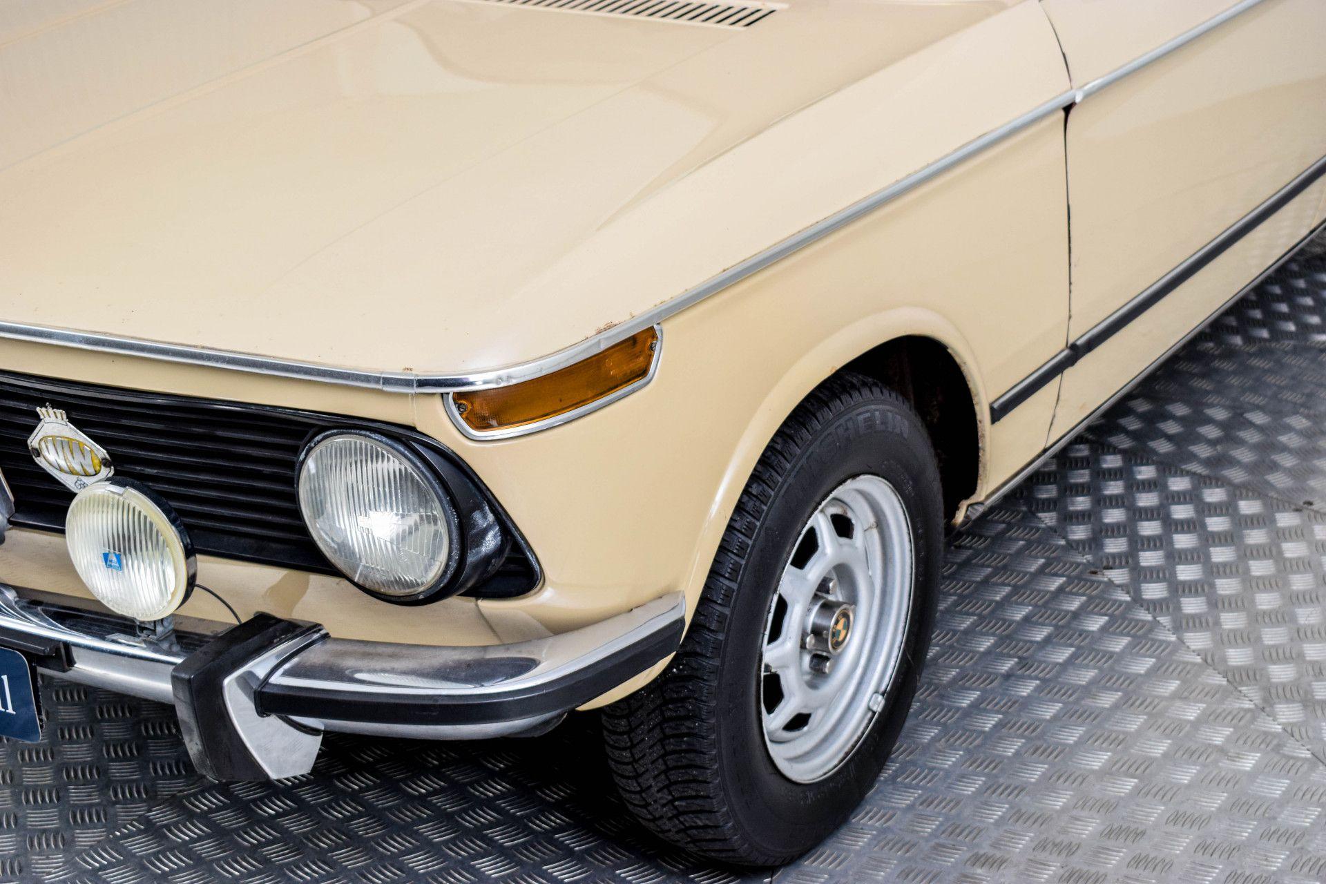 BMW 2002 Eerste eigenaar! Foto 28