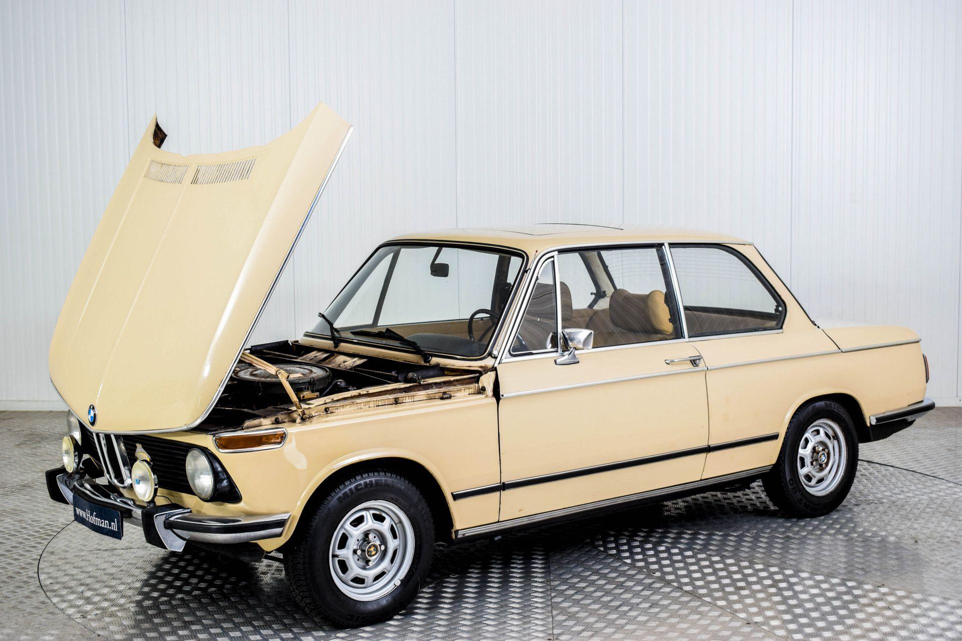 BMW 2002 Eerste eigenaar! Foto 32