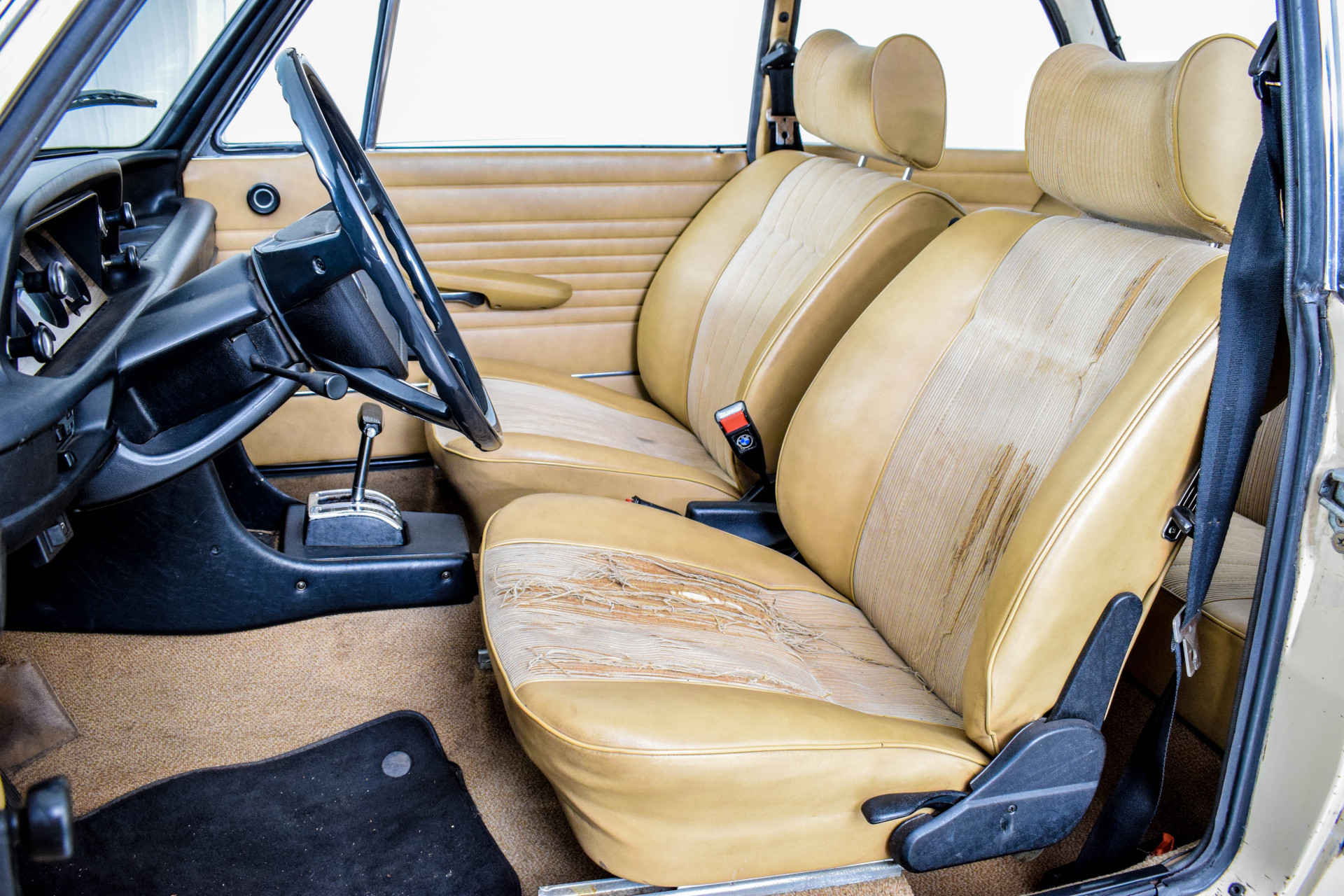 BMW 2002 Eerste eigenaar! Foto 33