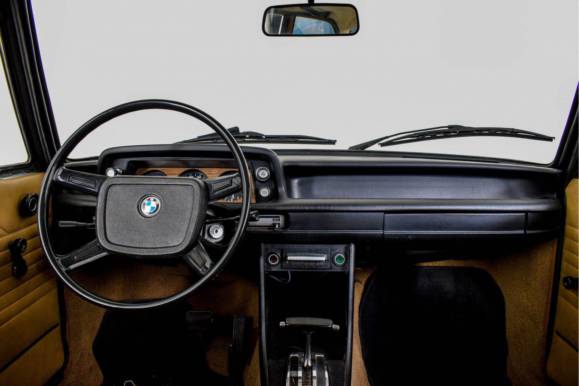BMW 2002 Eerste eigenaar! Foto 35