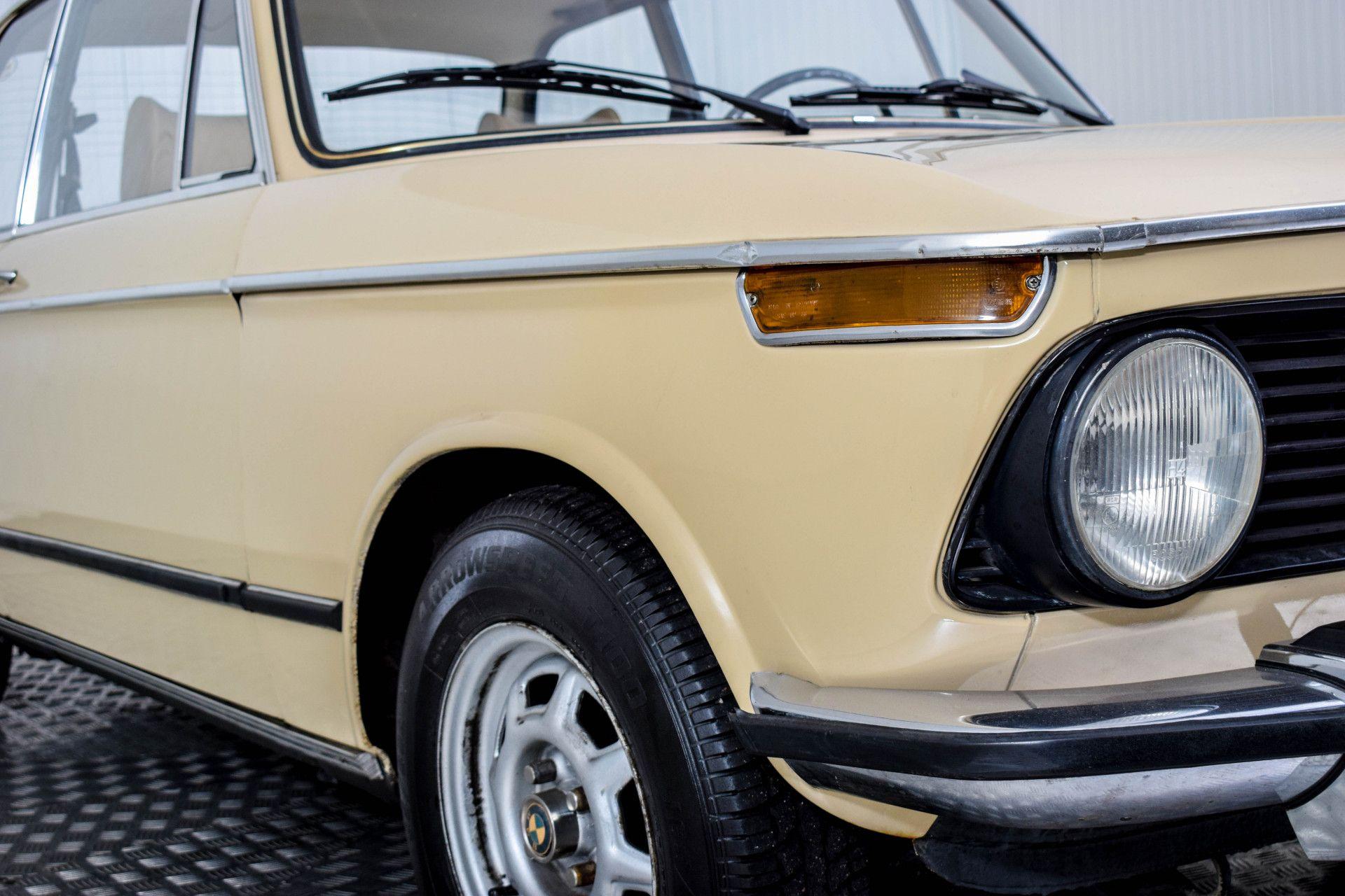 BMW 2002 Eerste eigenaar! Foto 36