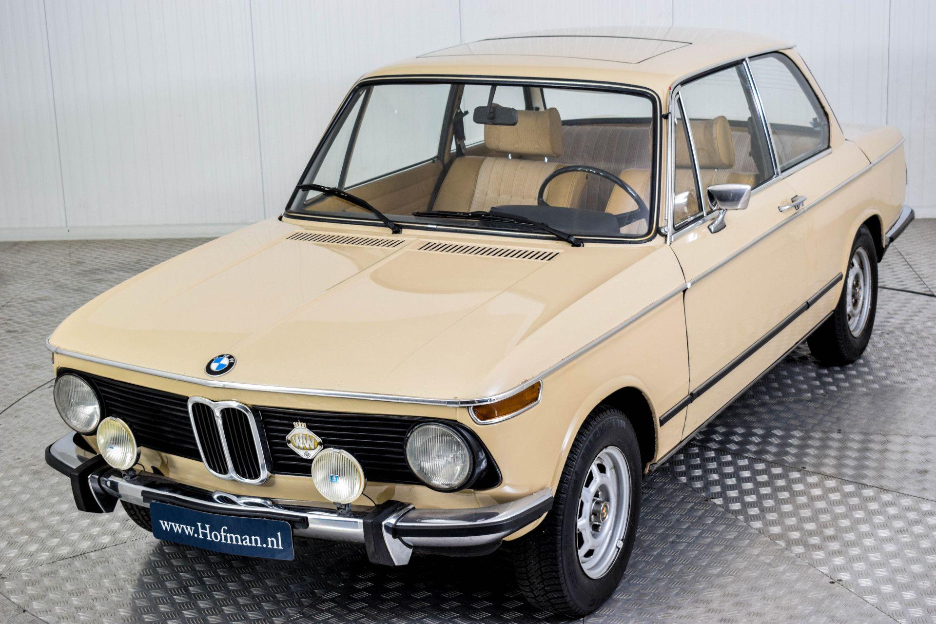 BMW 2002 Eerste eigenaar! Foto 38