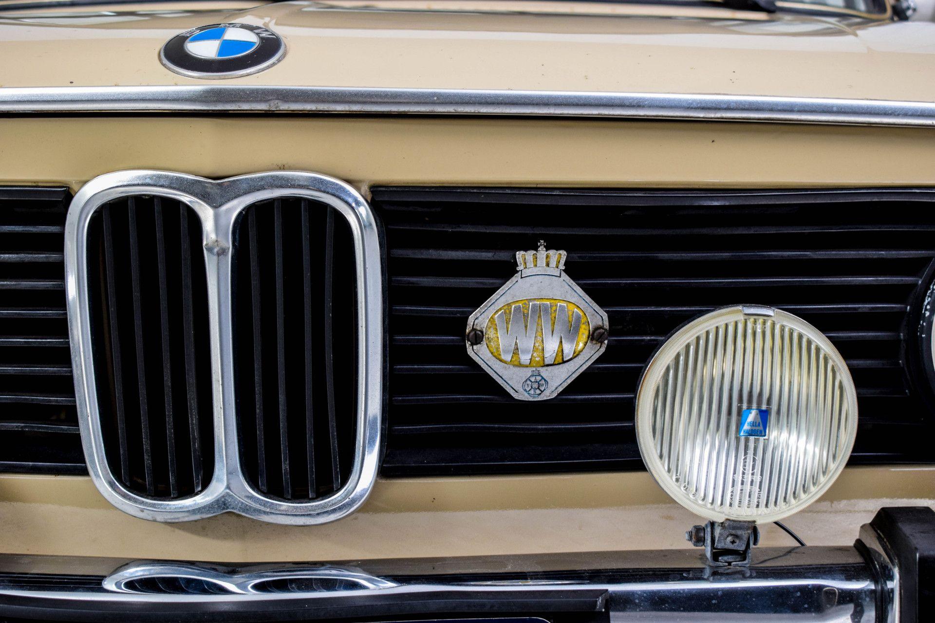 BMW 2002 Eerste eigenaar! Foto 40