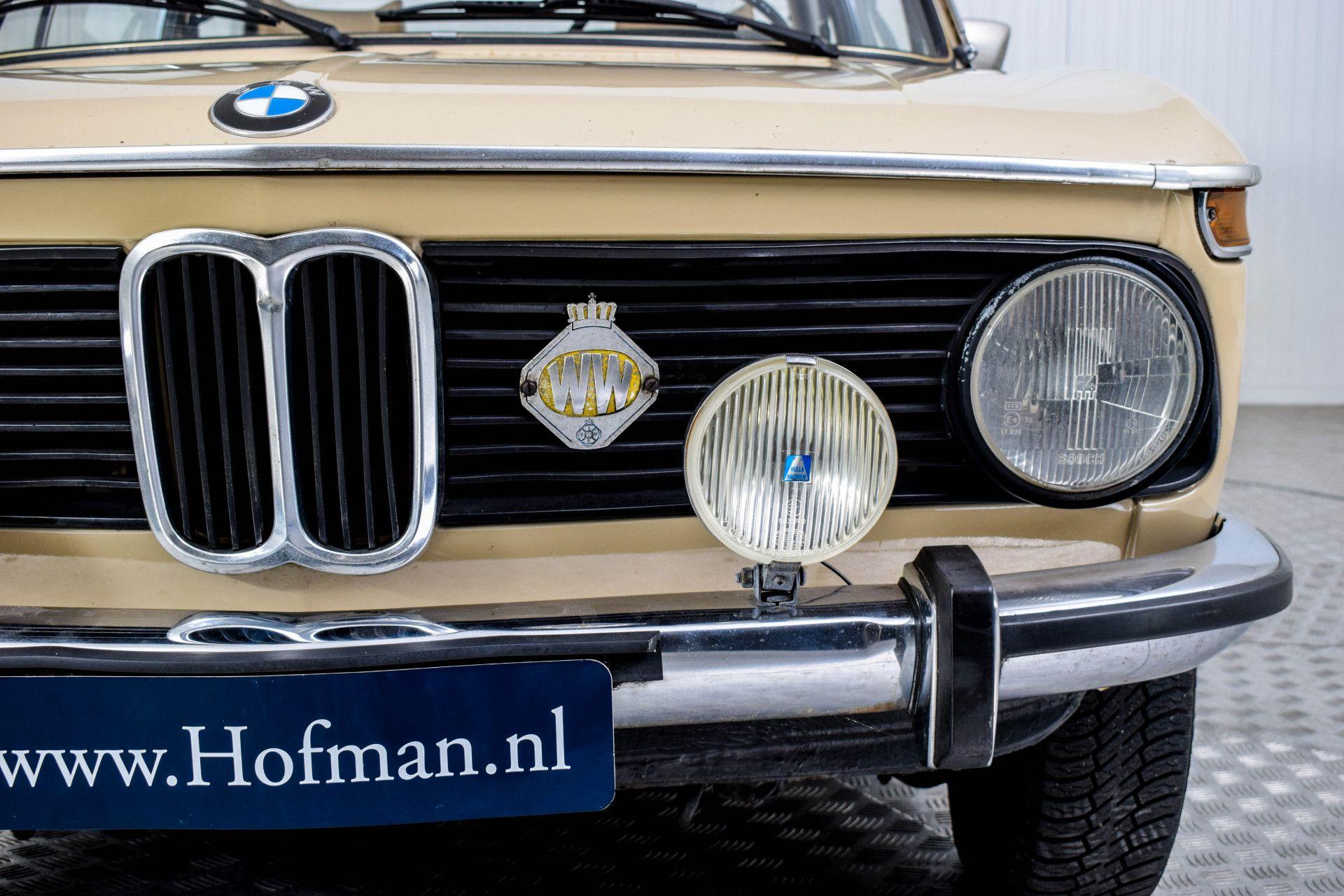 BMW 2002 Eerste eigenaar! Foto 44