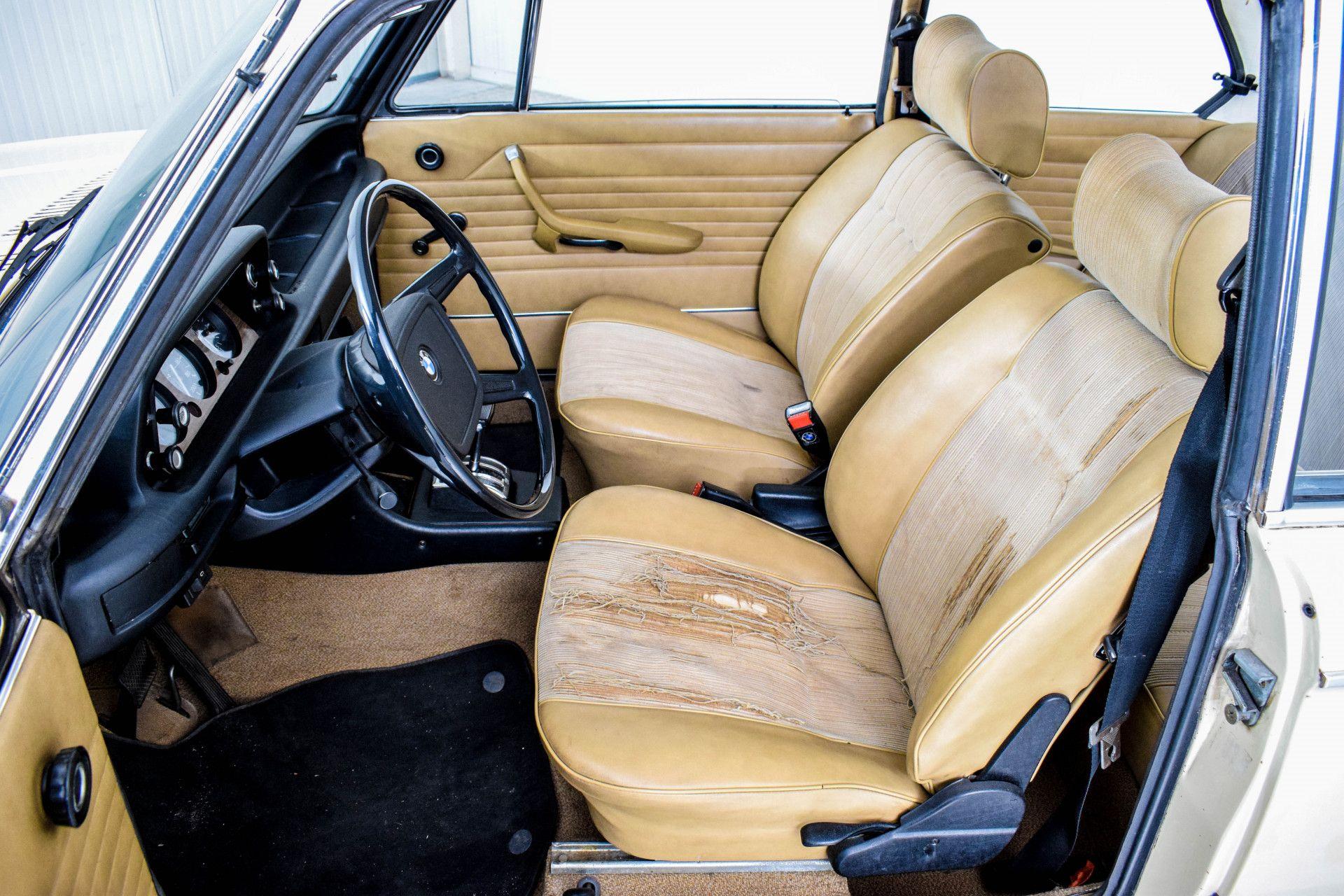 BMW 2002 Eerste eigenaar! Foto 45