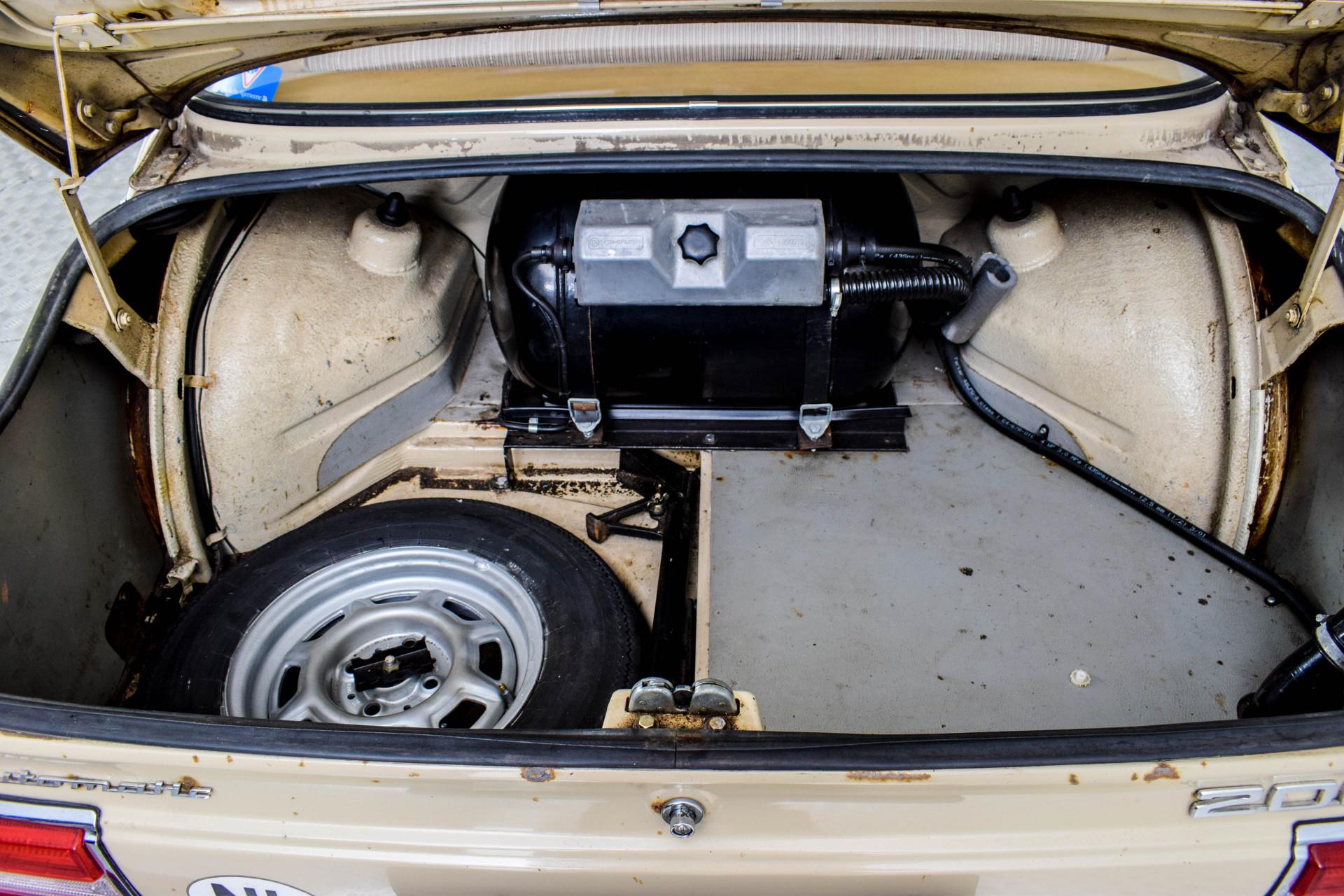 BMW 2002 Eerste eigenaar! Foto 53