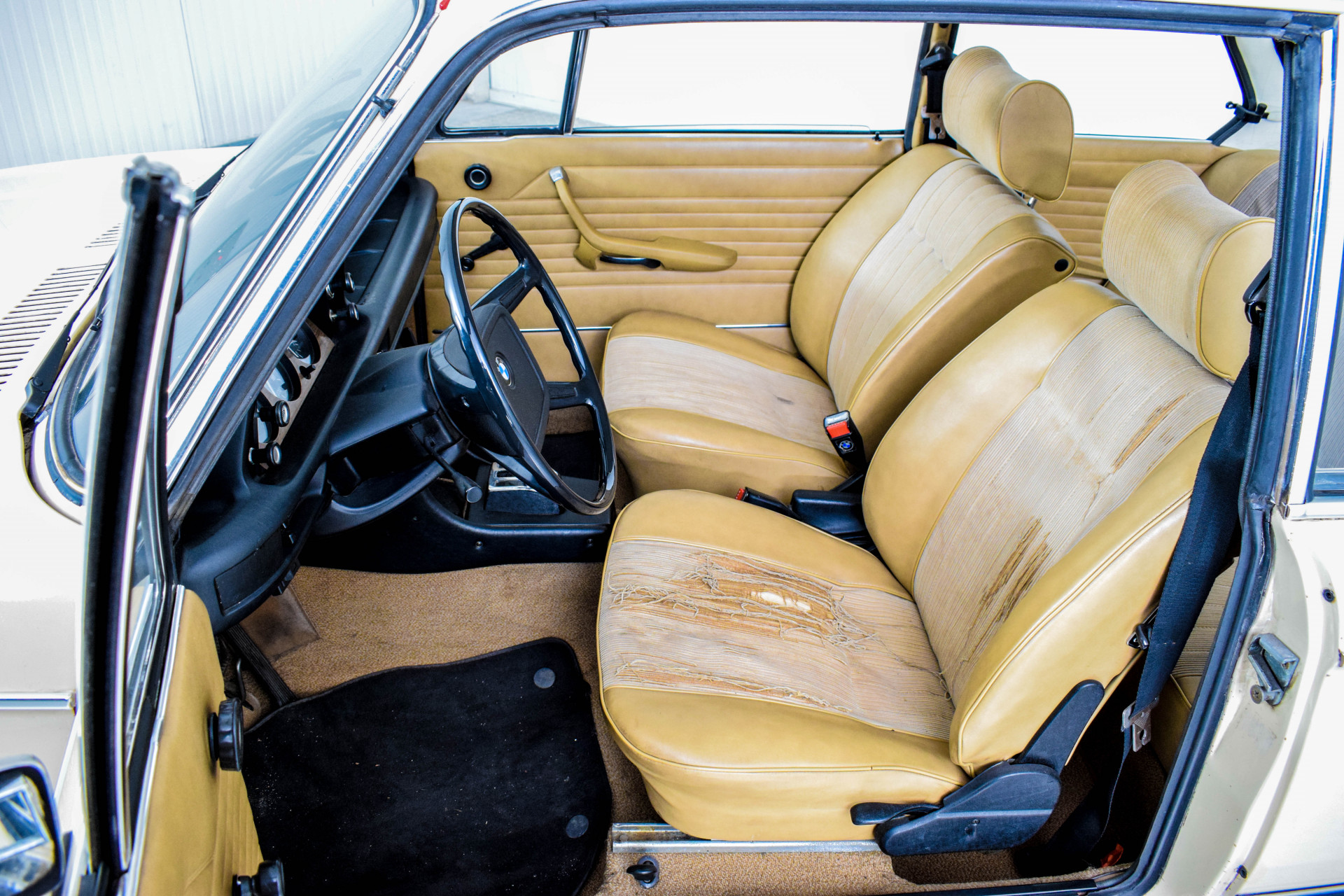 BMW 2002 Eerste eigenaar! Foto 54
