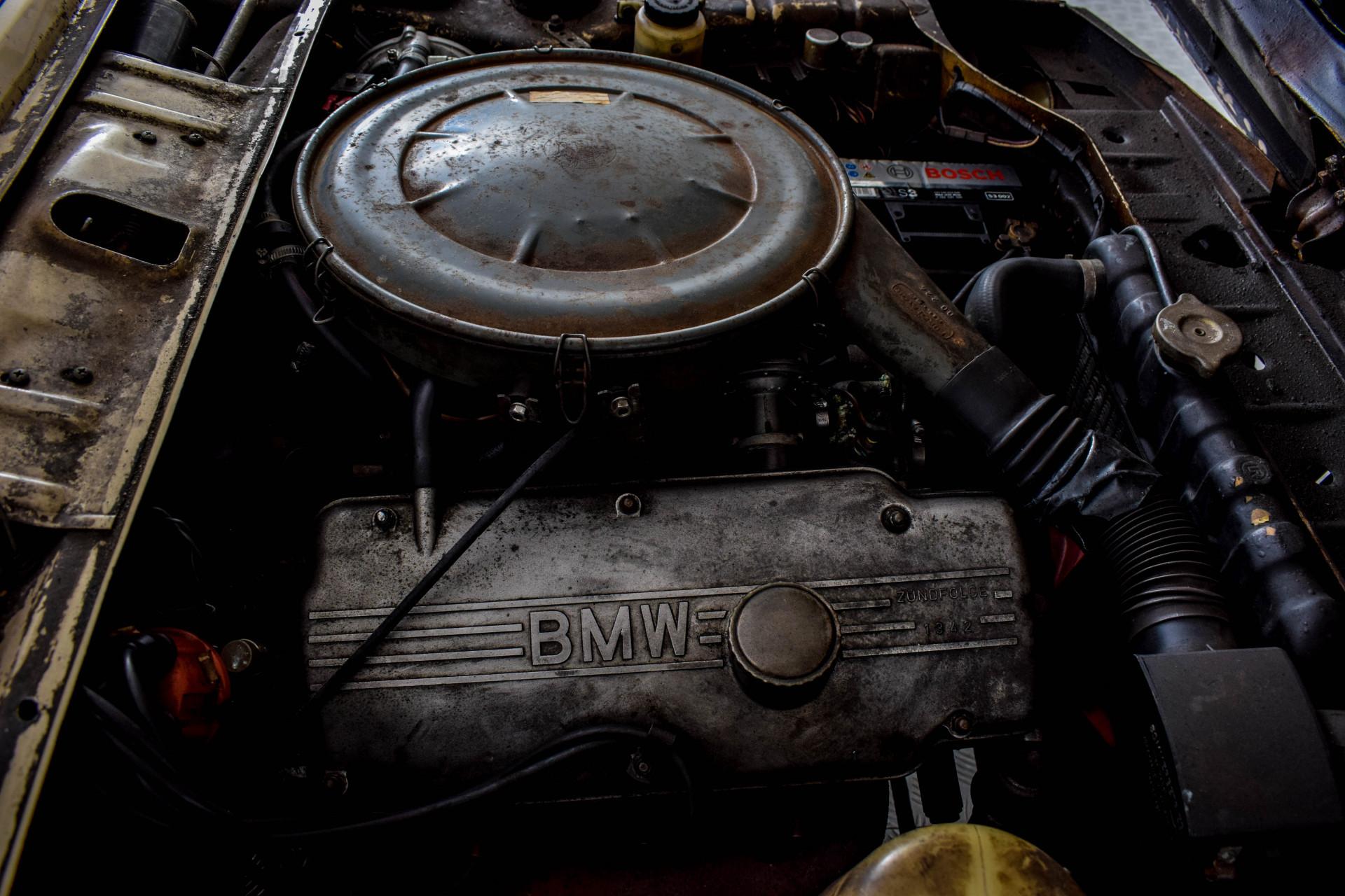 BMW 2002 Eerste eigenaar! Foto 59