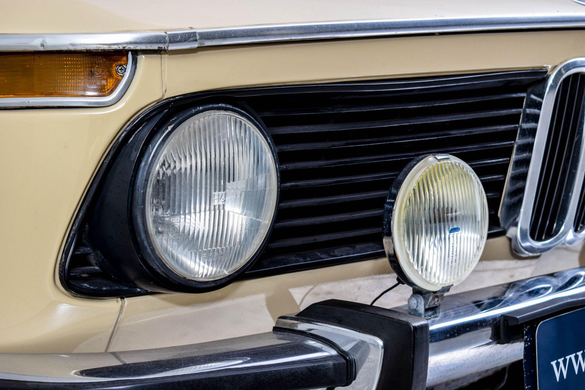 BMW 2002 Eerste eigenaar! Foto 9