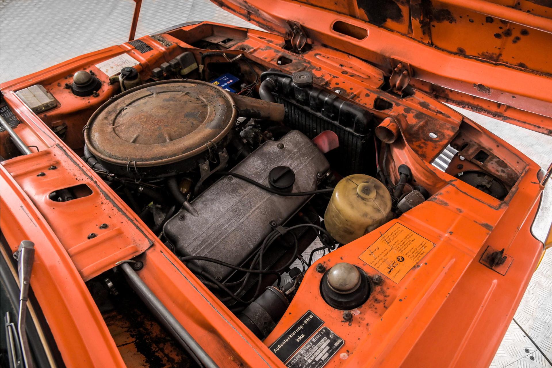 BMW 2002  Foto 30