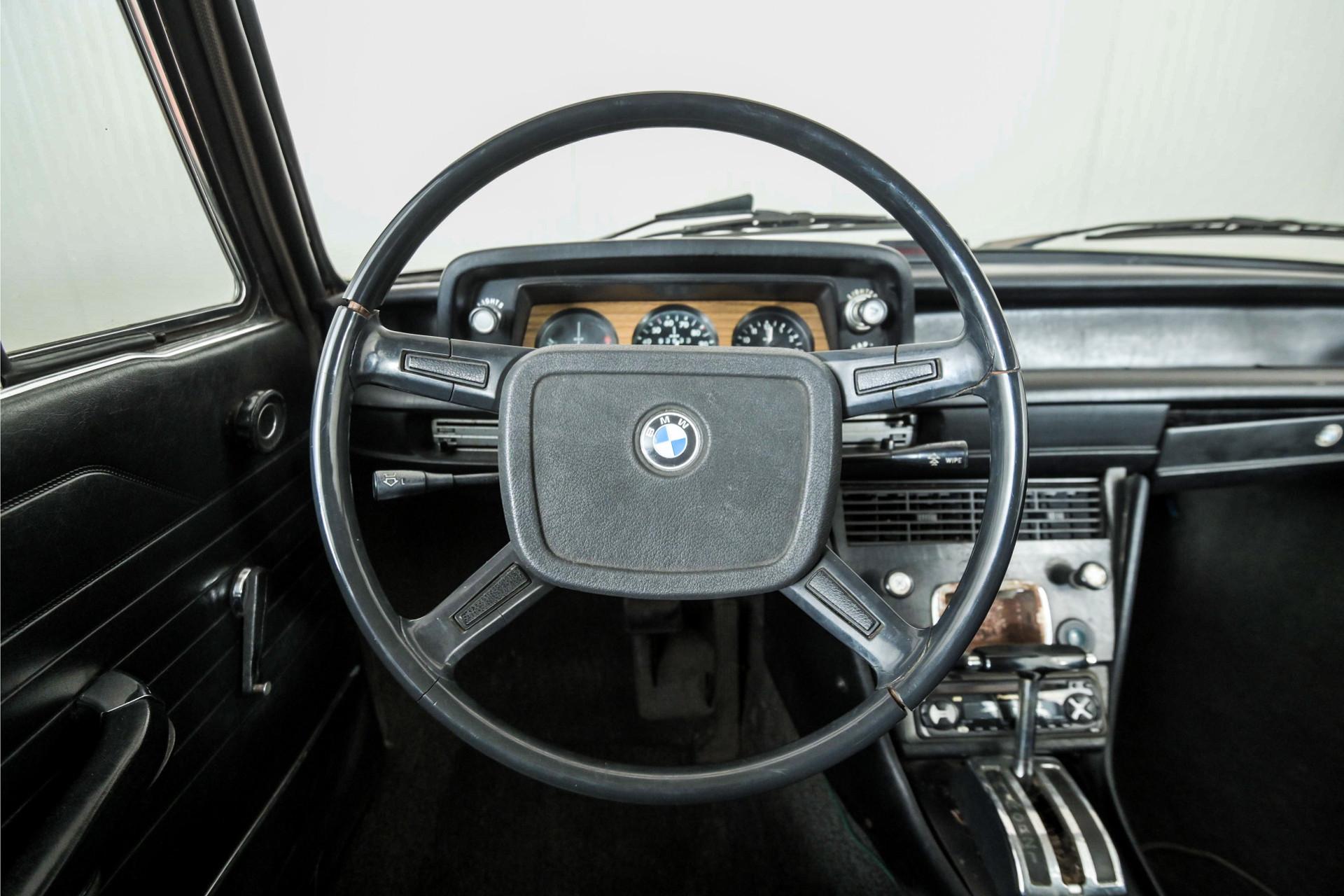 BMW 2002  Foto 5