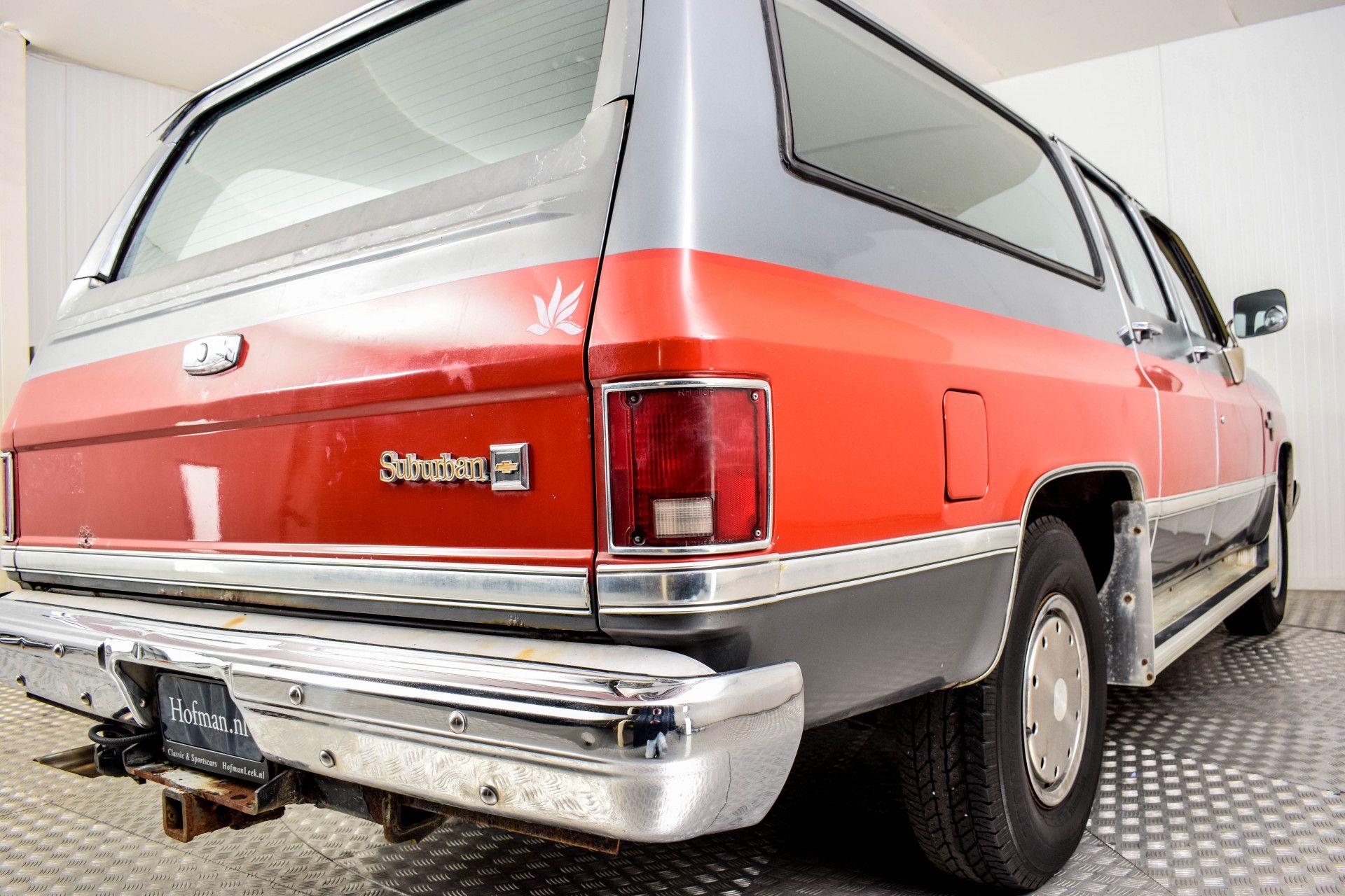 Chevrolet Silverado Suburban Foto 20