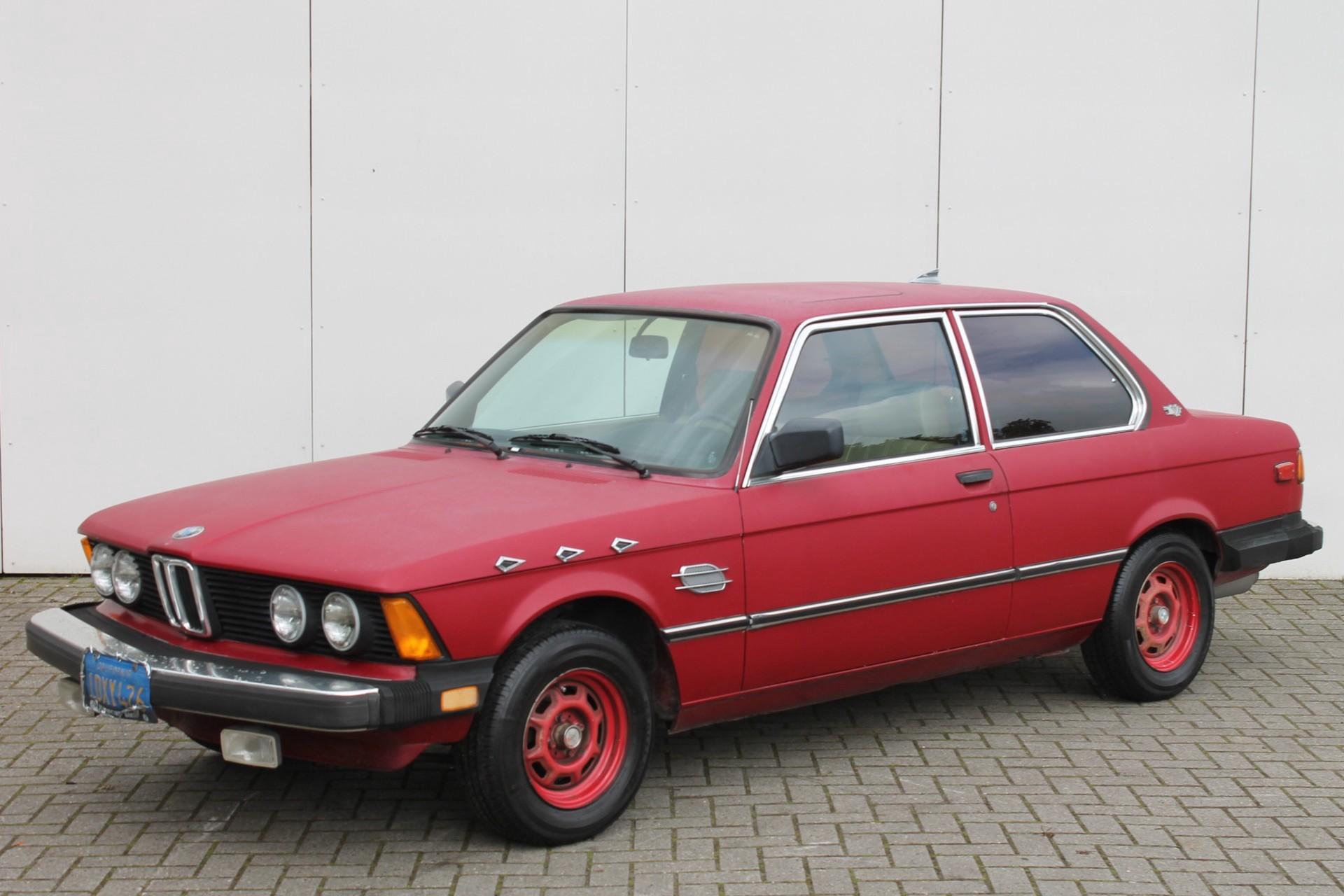 BMW 3 Serie 320i Foto 2
