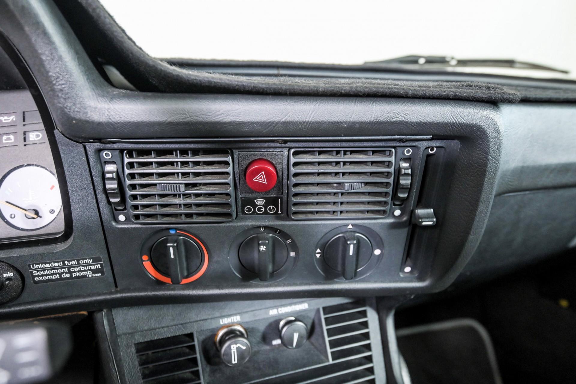 BMW 3 Serie 320i Foto 27