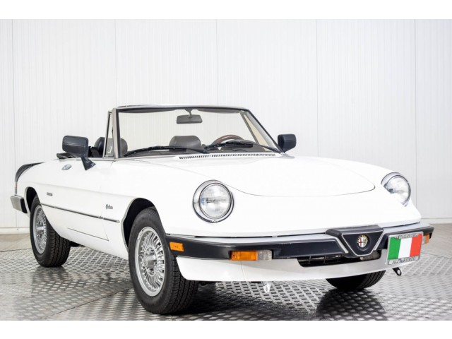 Alfa Romeo Spider Graduate Injection Foto 11