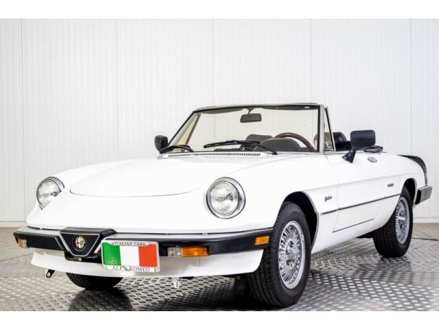 Alfa Romeo Spider Graduate Injection Foto 15