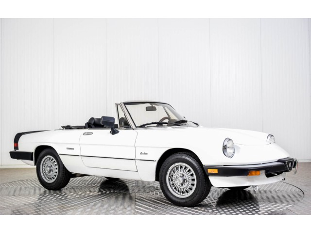 Alfa Romeo Spider Graduate Injection Foto 17
