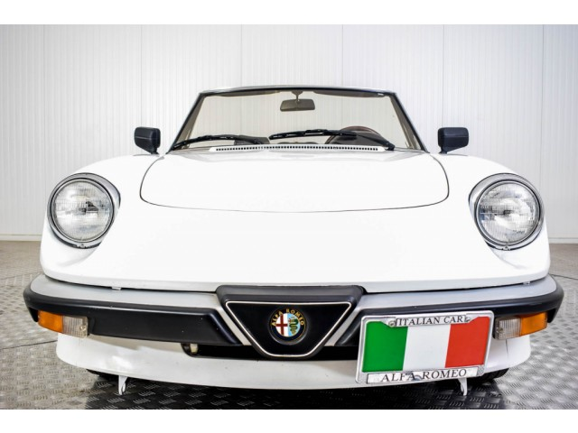 Alfa Romeo Spider Graduate Injection Foto 32