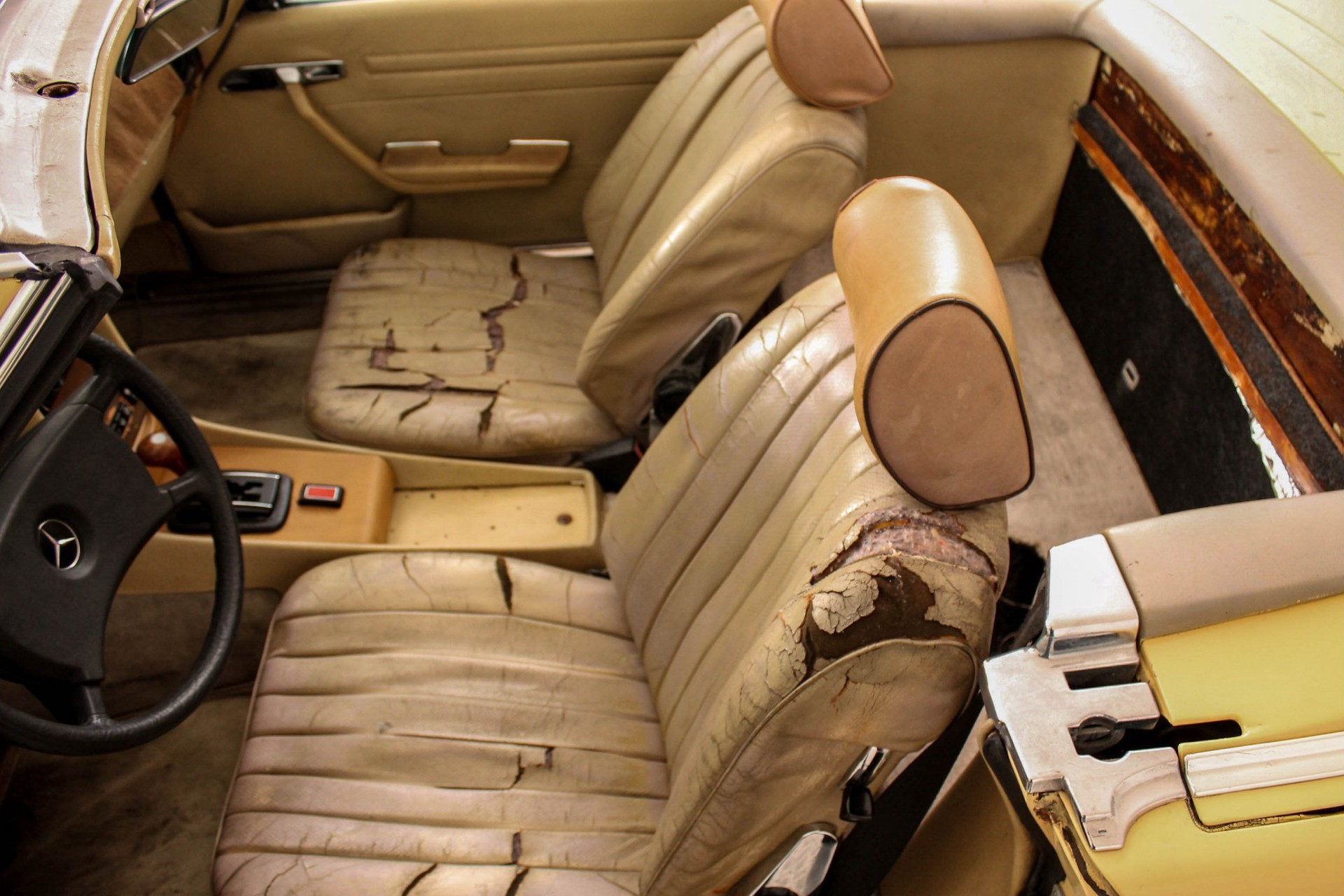 Mercedes-Benz SL-Klasse Roadster 380 SL Foto 11