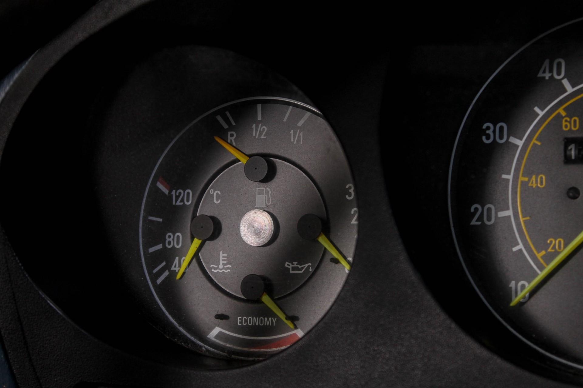Mercedes-Benz SL-Klasse 380 SL Roadster Foto 35