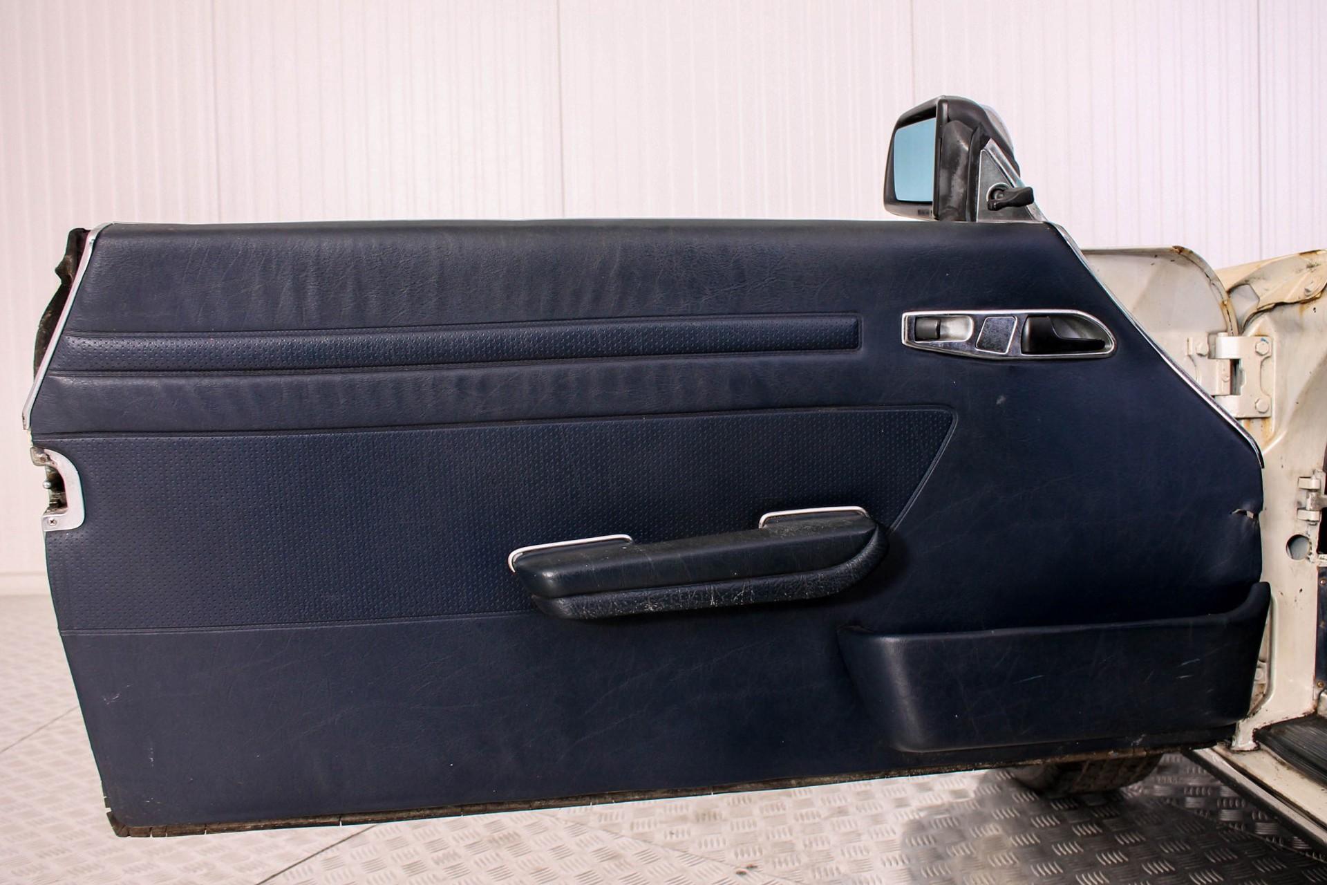 Mercedes-Benz SL-Klasse 380 SL Roadster Foto 9