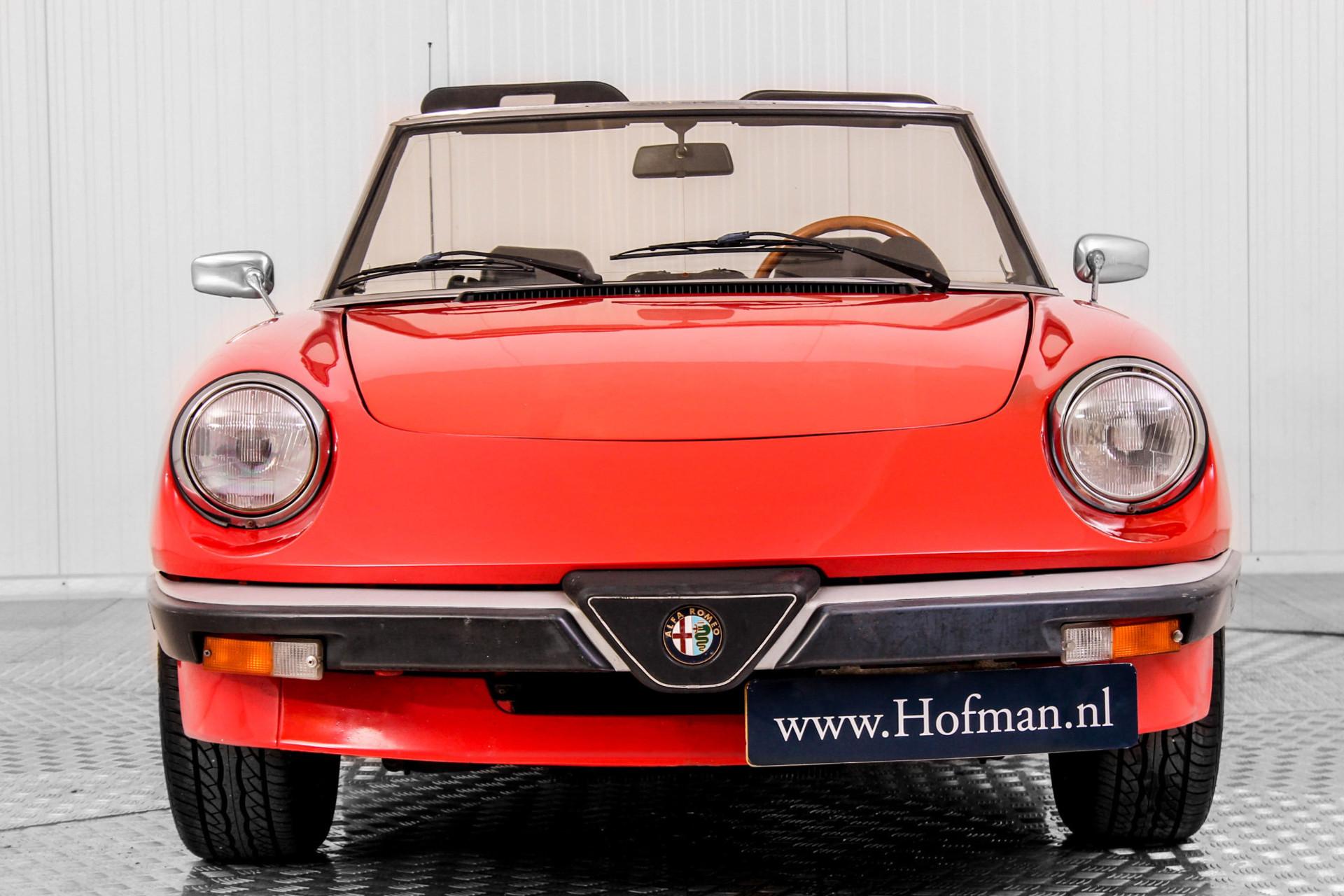 Alfa Romeo Spider 1600 Foto 22