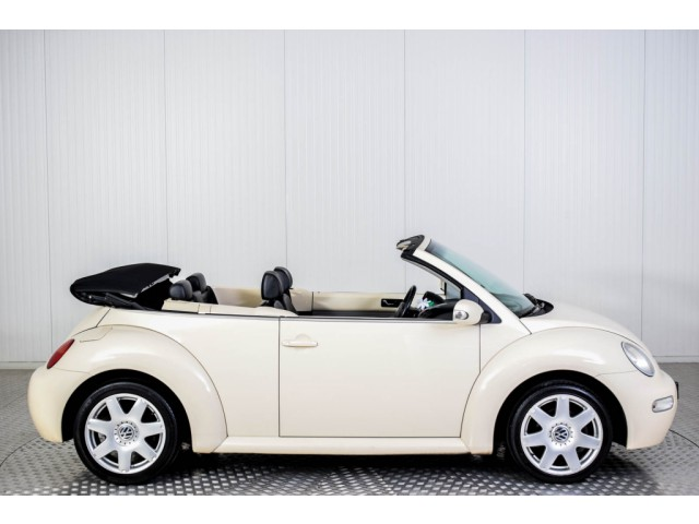 Volkswagen New Beetle Cabriolet 2.0 HIGHLINE Foto 10