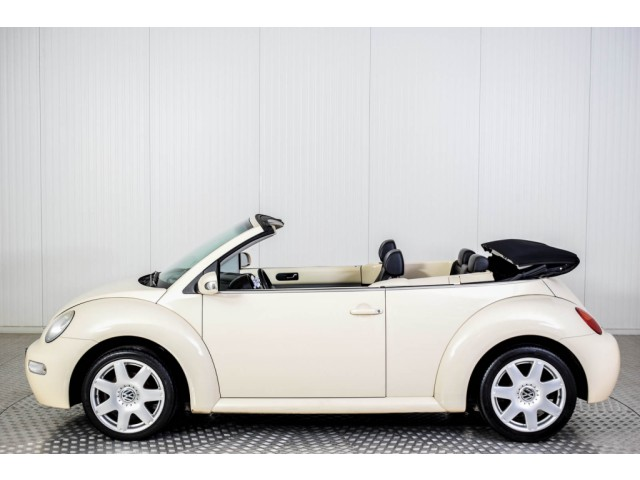 Volkswagen New Beetle Cabriolet 2.0 HIGHLINE Foto 22