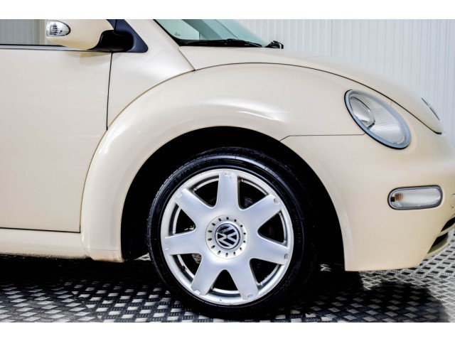 Volkswagen New Beetle Cabriolet 2.0 HIGHLINE Foto 30