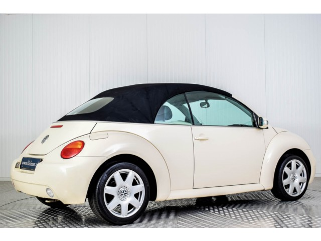 Volkswagen New Beetle Cabriolet 2.0 HIGHLINE Foto 39