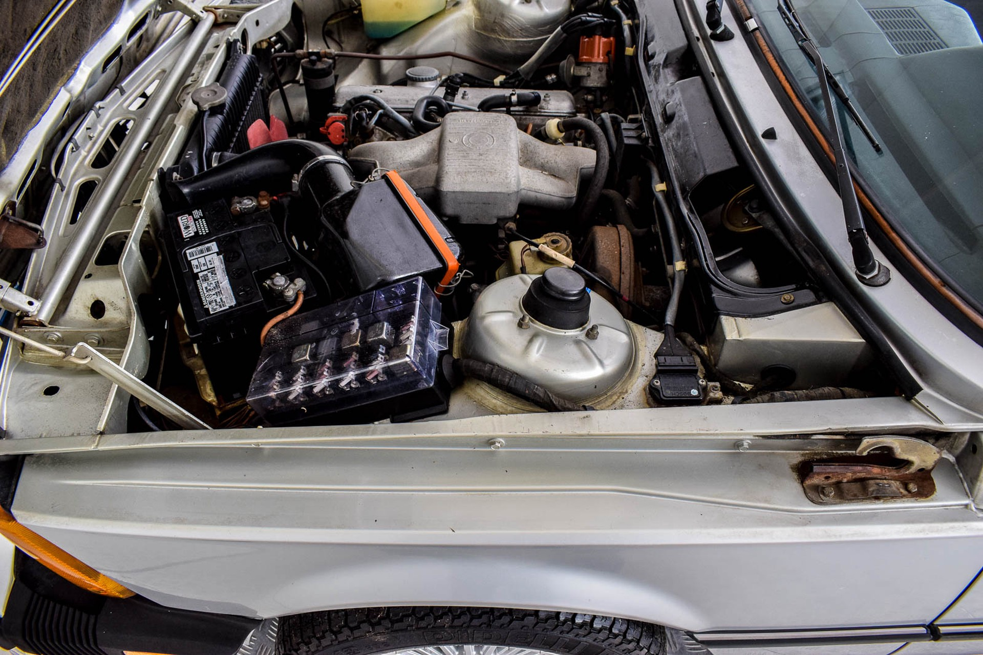 BMW 3 Serie 320i Foto 17