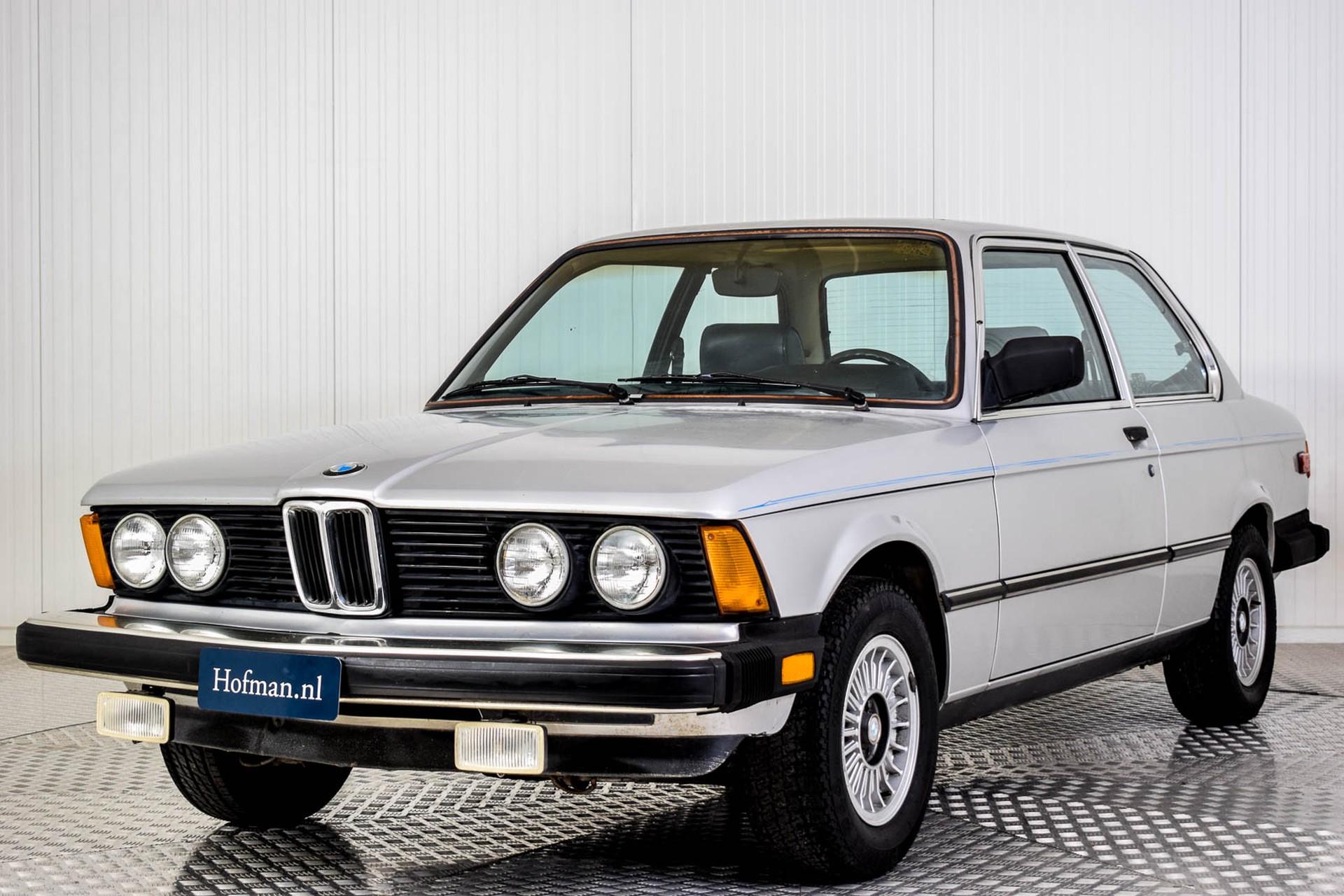 BMW 3 Serie 320i Foto 24