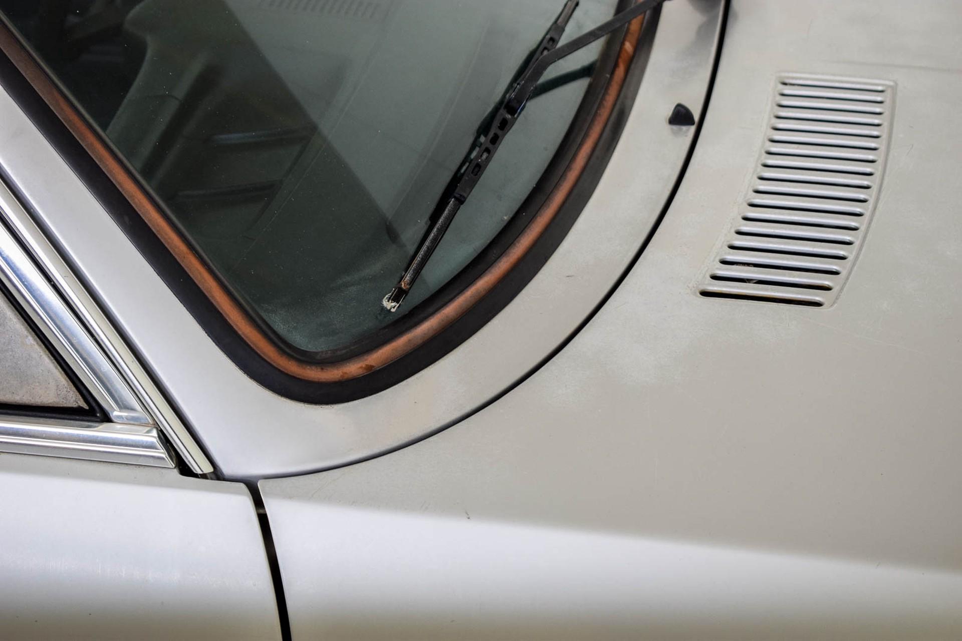 BMW 3 Serie 320i Foto 46