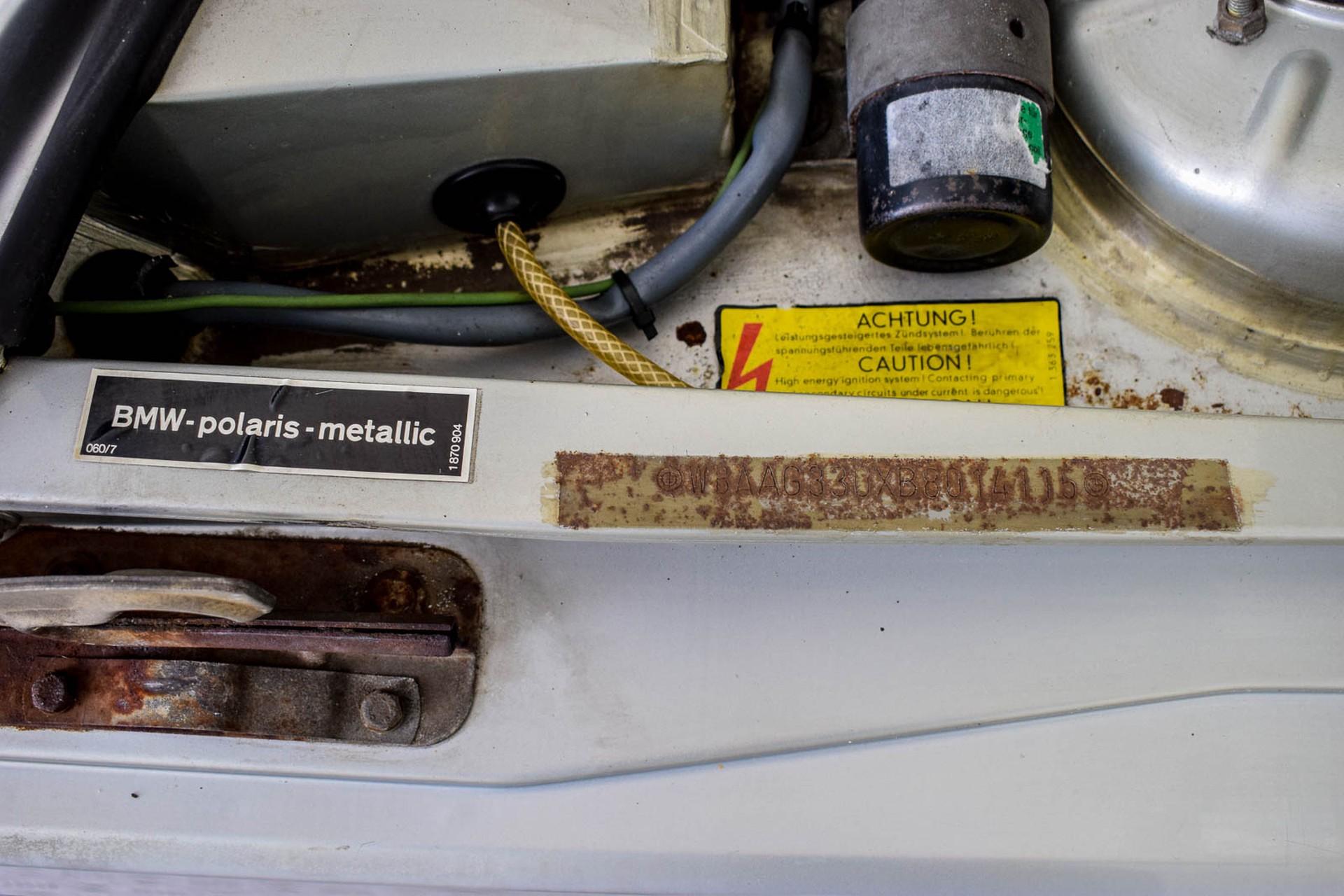 BMW 3 Serie 320i Foto 49