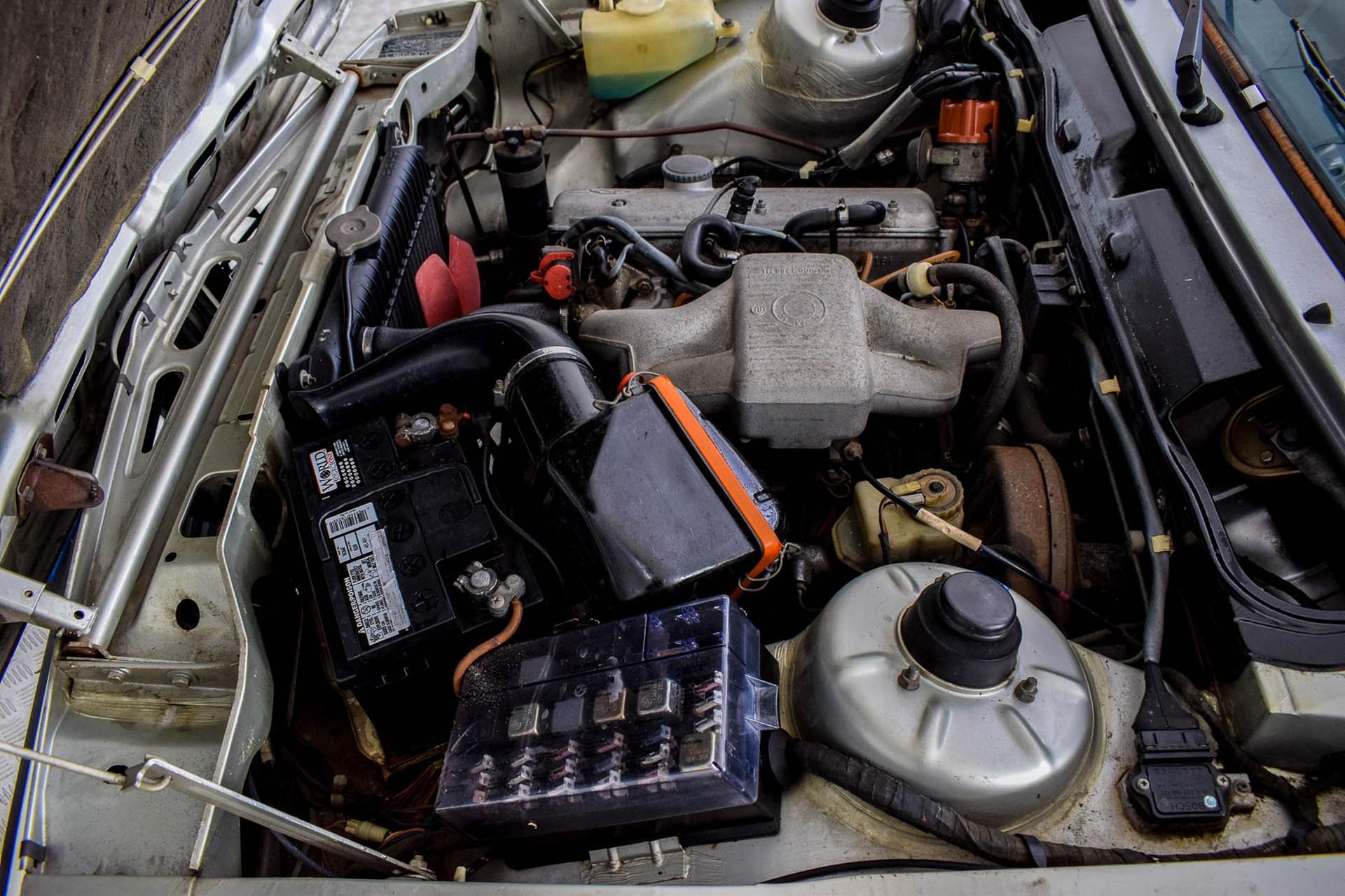 BMW 3 Serie 320i Foto 51