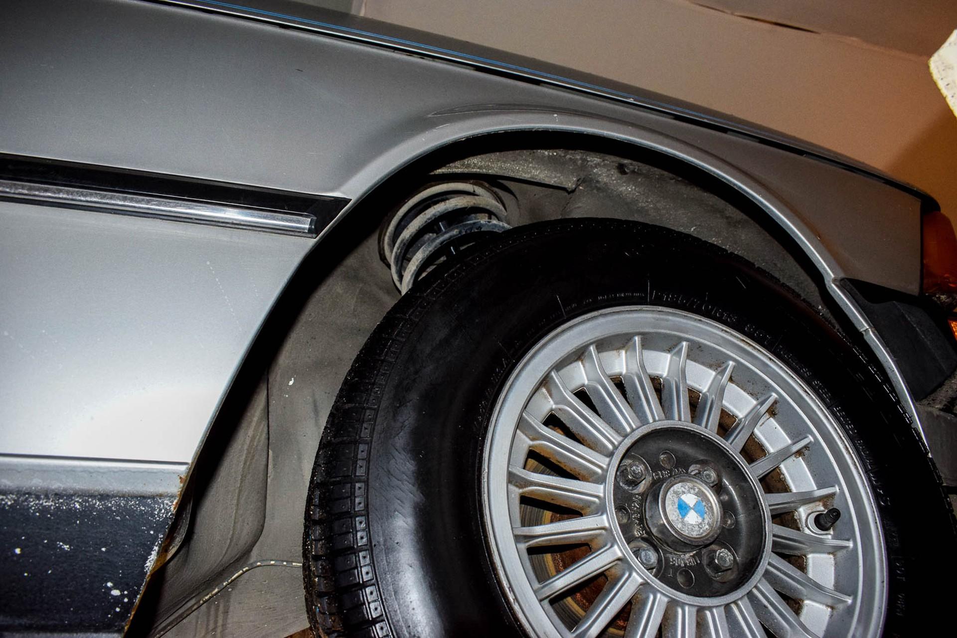 BMW 3 Serie 320i Foto 60