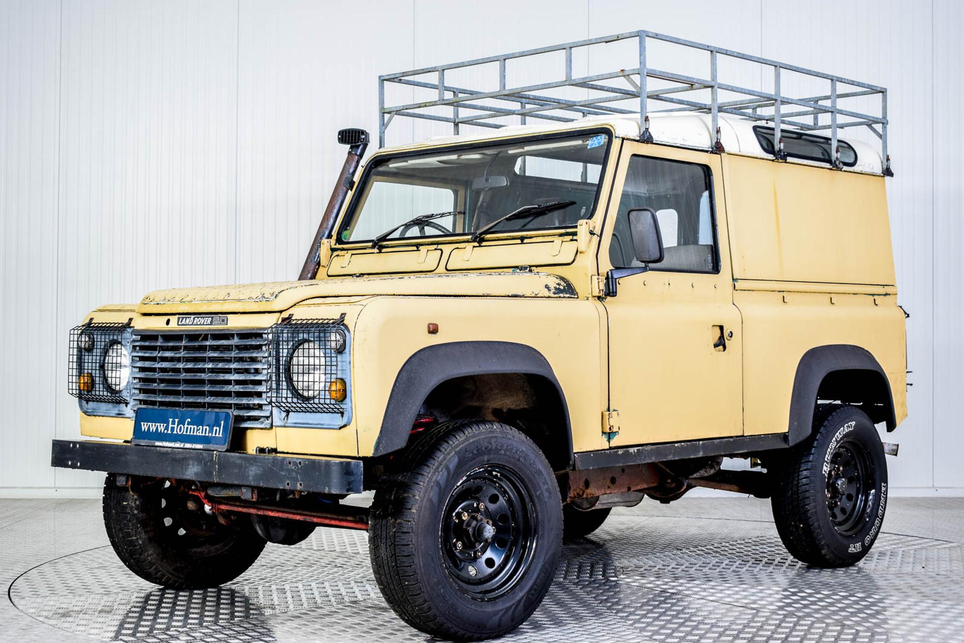Land Rover Defender 90 2.5 TDi Automaat Foto 1