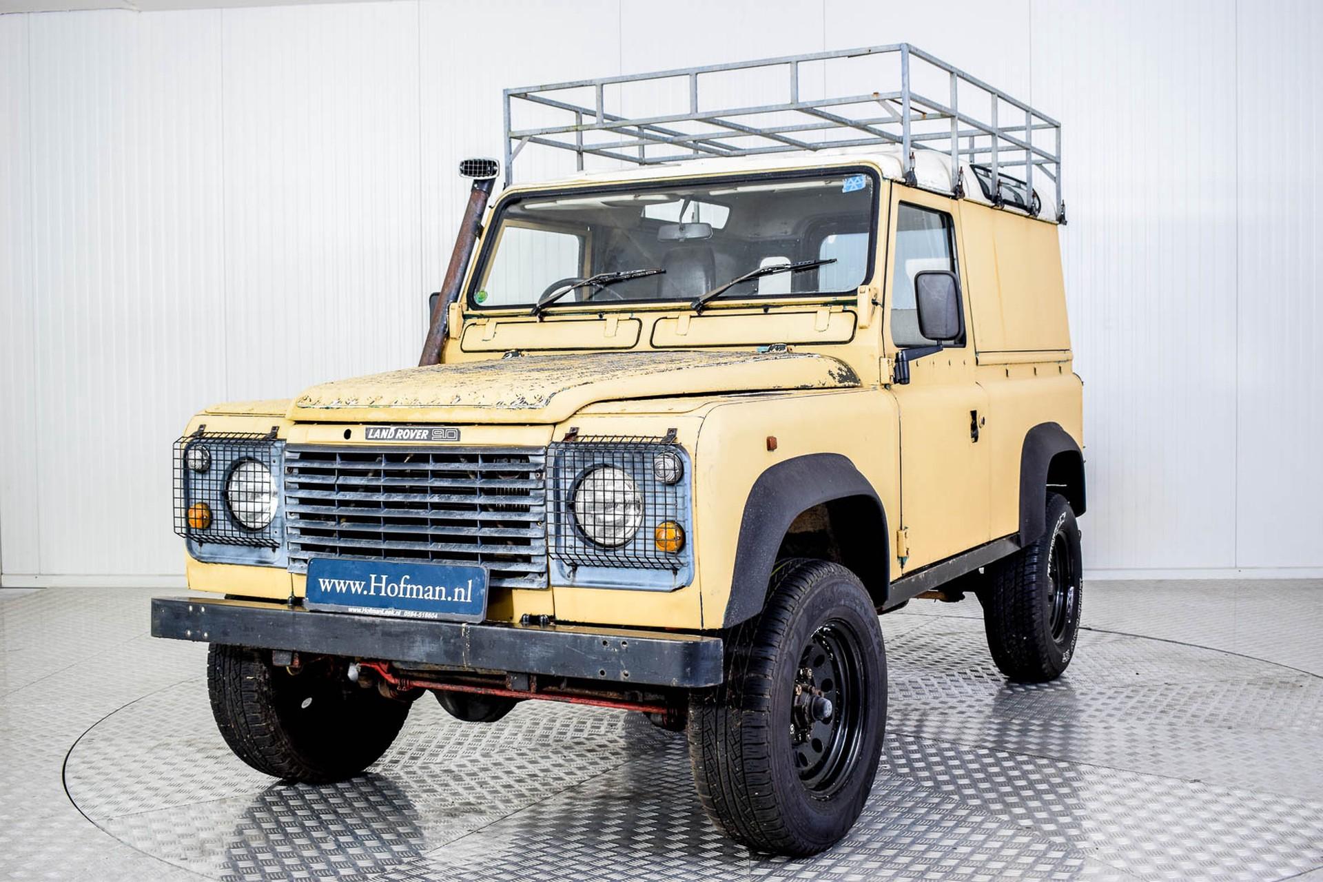 Land Rover Defender 90 2.5 TDi Automaat Foto 11