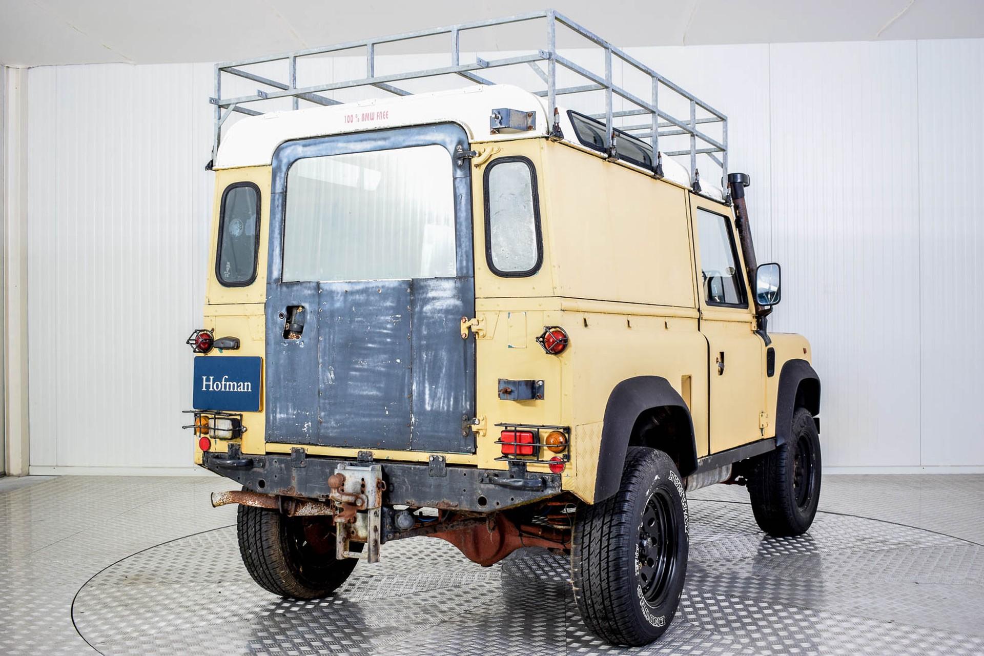 Land Rover Defender 90 2.5 TDi Automaat Foto 12
