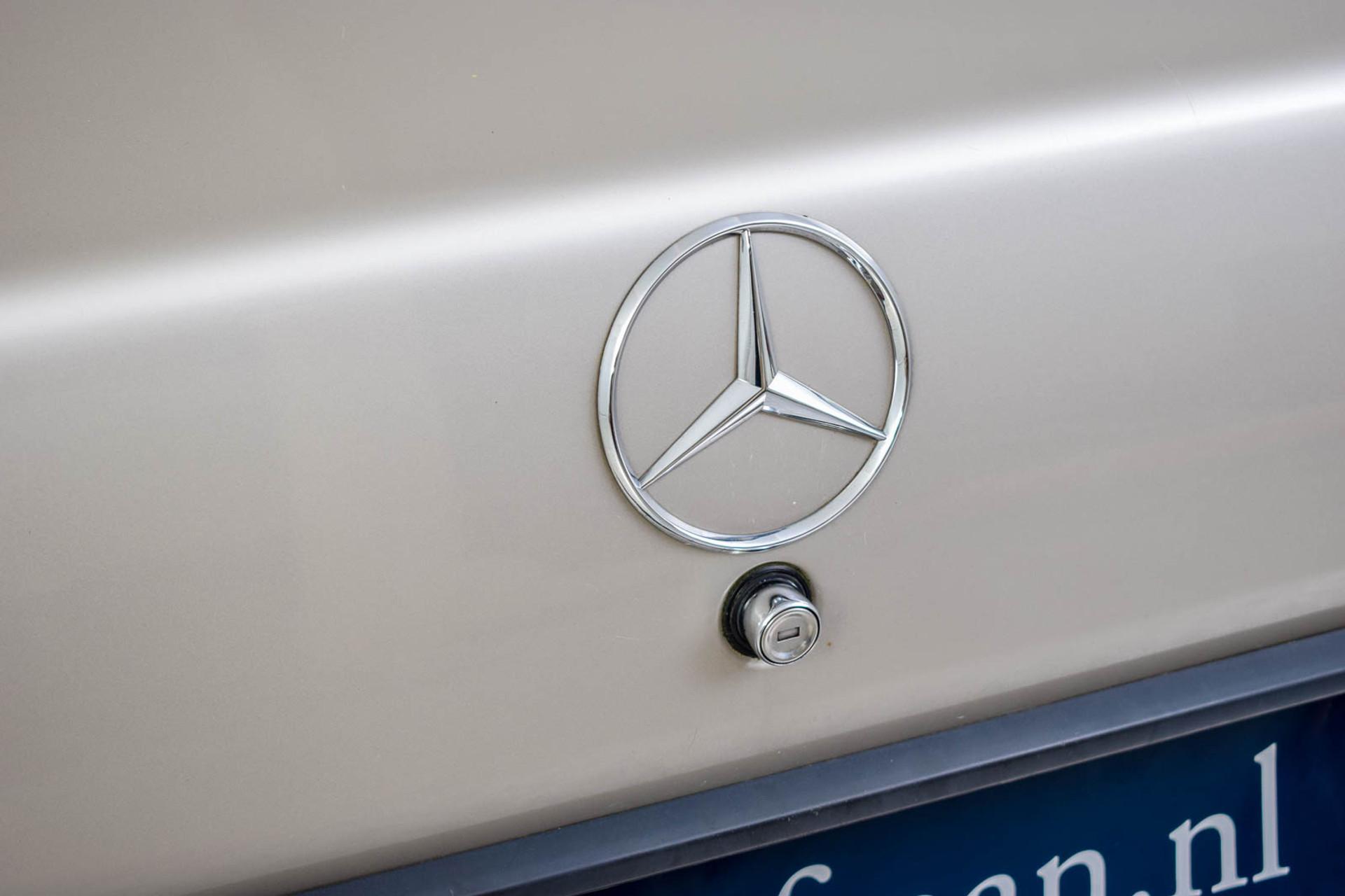 Mercedes-Benz 190 2.5 D Turbo Diesel Foto 12