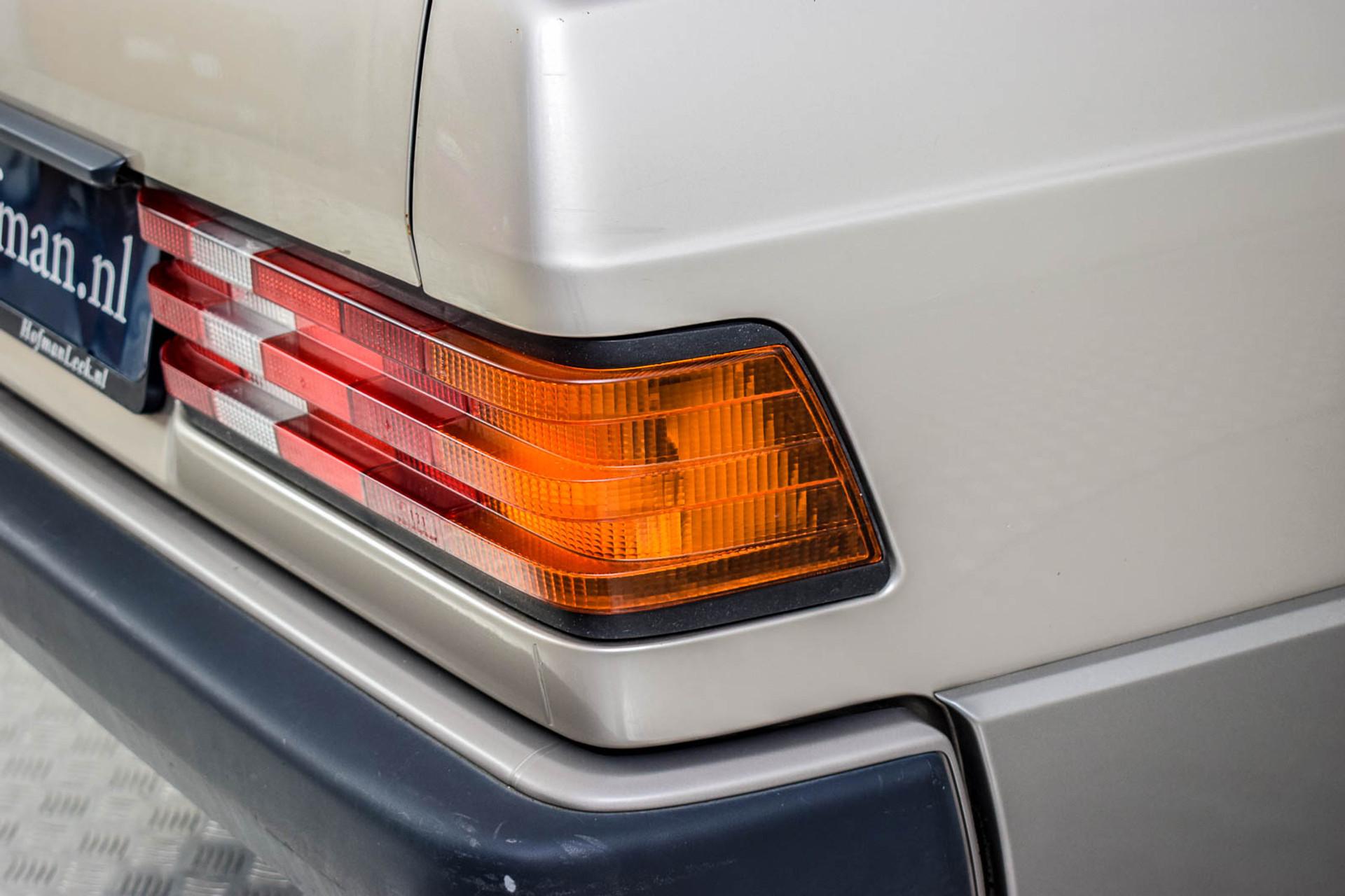 Mercedes-Benz 190 2.5 D Turbo Diesel Foto 23