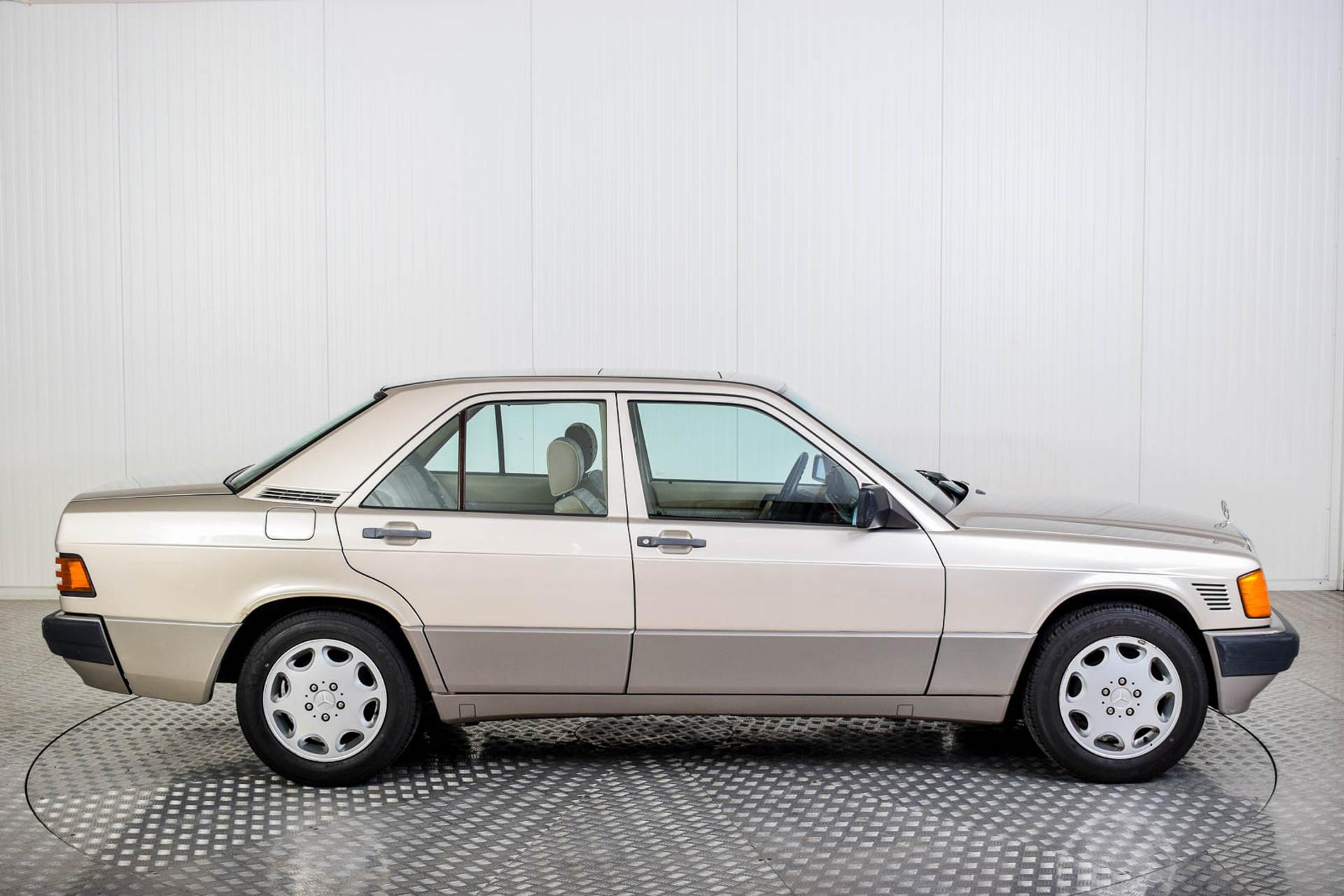 Mercedes-Benz 190 2.5 D Turbo Diesel Foto 34