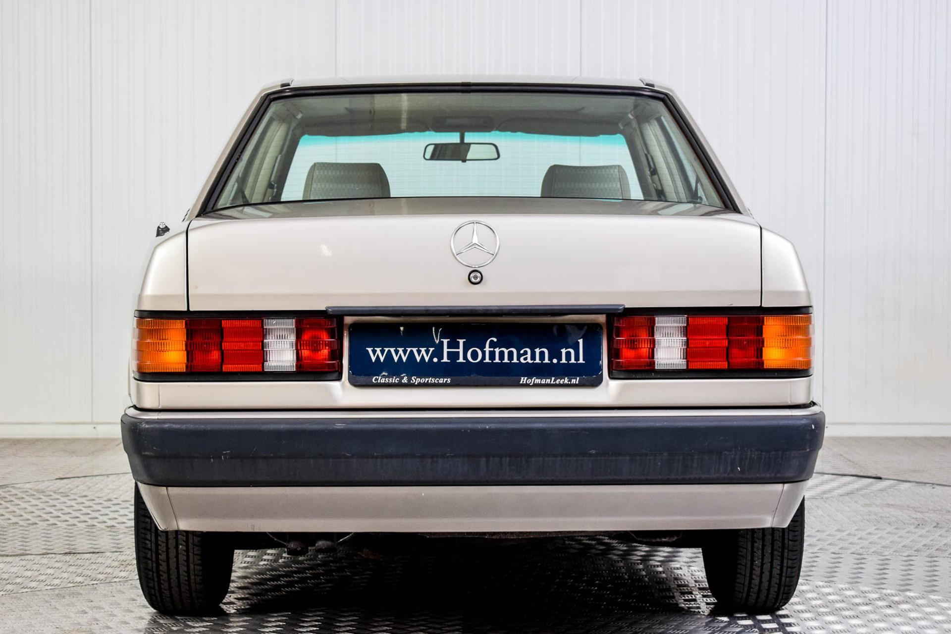 Mercedes-Benz 190 2.5 D Turbo Diesel Foto 4